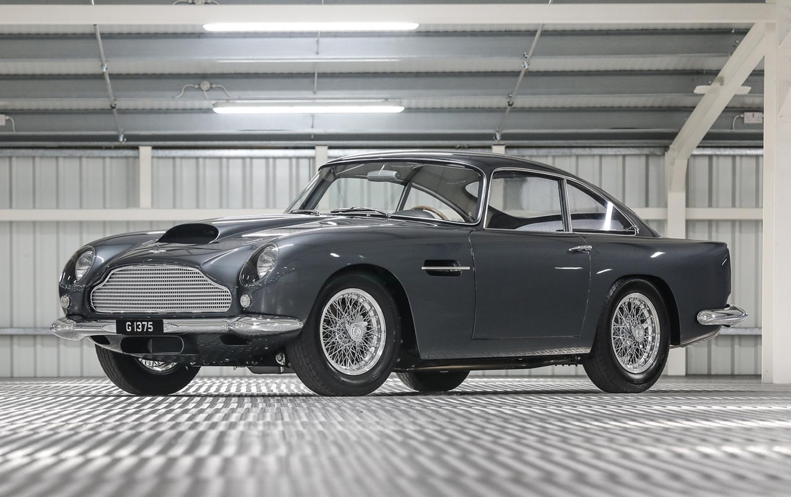 Prod/O21B - UK 2021/1961 Aston Martin DB4 GT/Aston_Martin_DB4_GT-02_tbsx6r