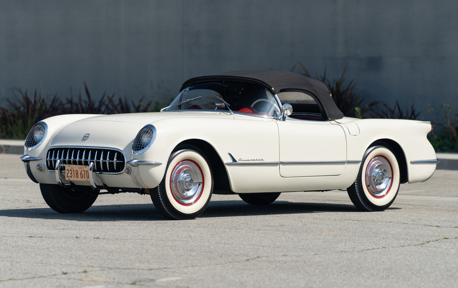 Prod/O21F - May 2021/1495_1953 Chevrolet Corvette/1953_Chevrolet_Corvette-1_JPEG_Press_f60ijz