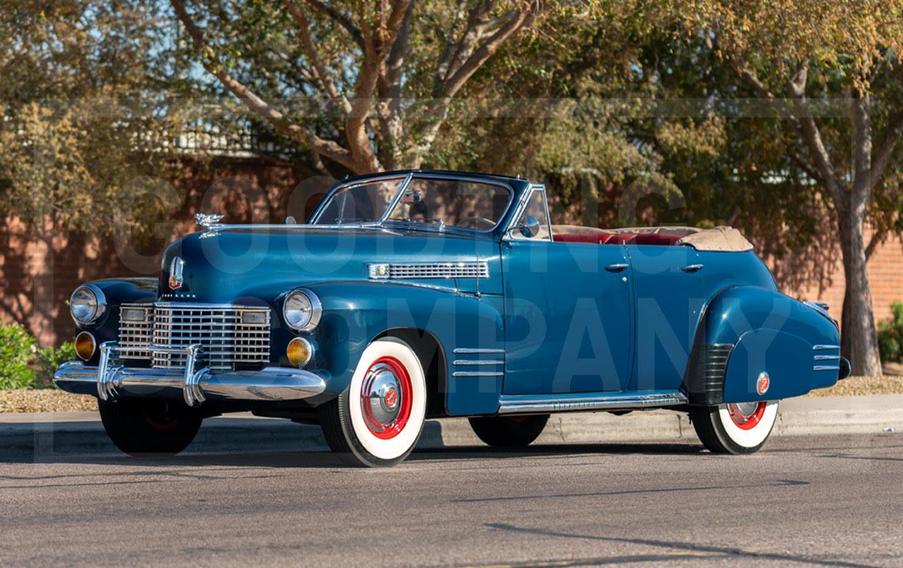 1941 Cadillac Series 62 Convertible Sedan-2