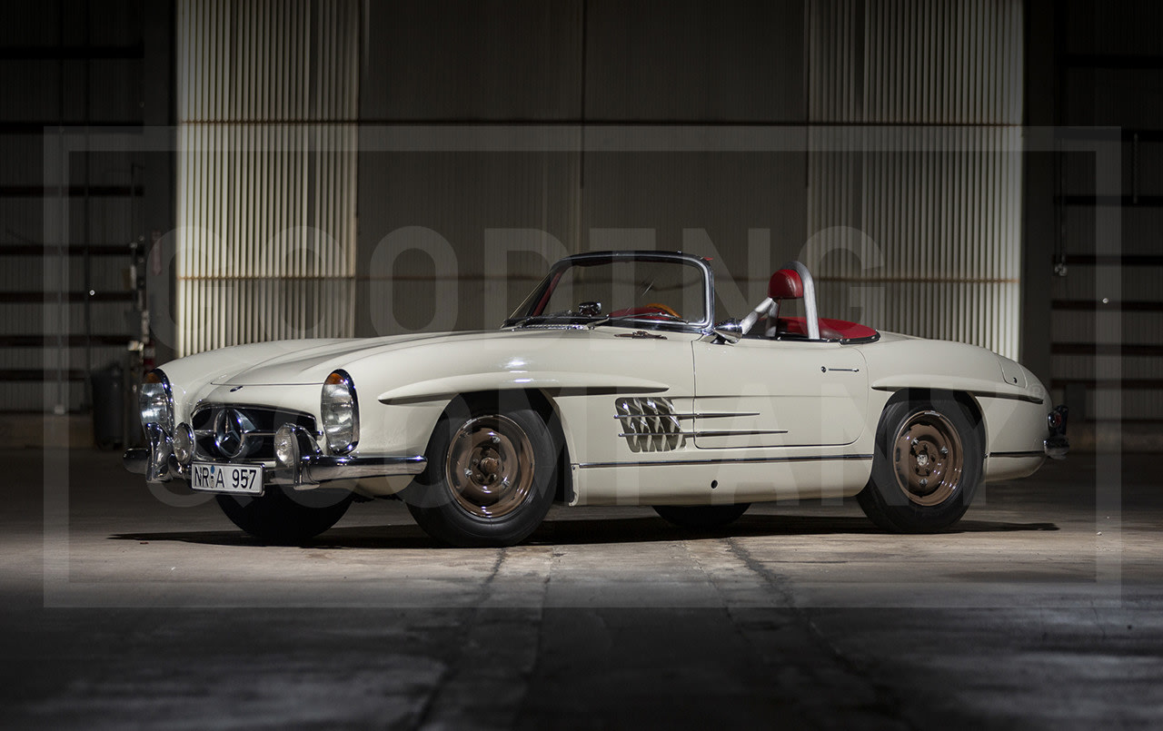 Prod/Portal/1957 Mercedes-Benz 300 SL Roadster/1957-Mercedes-Benz-300-SL-Roadster-17