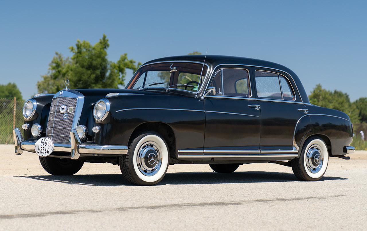 1959 Mercedes-Benz 220 S Sedan