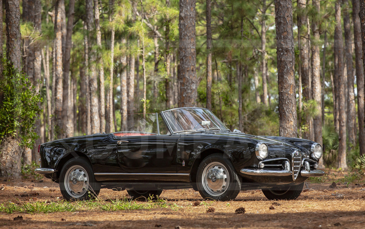 Prod/Portal/1960 Alfa Romeo Giulietta Spider Veloce/1960-Alfa-Romeo-Giulietta-Spider-Veloce-14