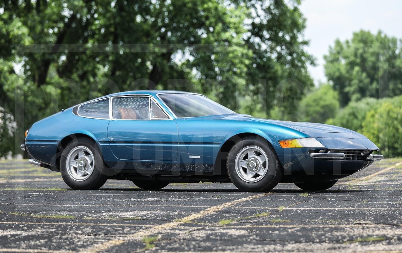 1972 Ferrari 365 GTB/4 Daytona (1)