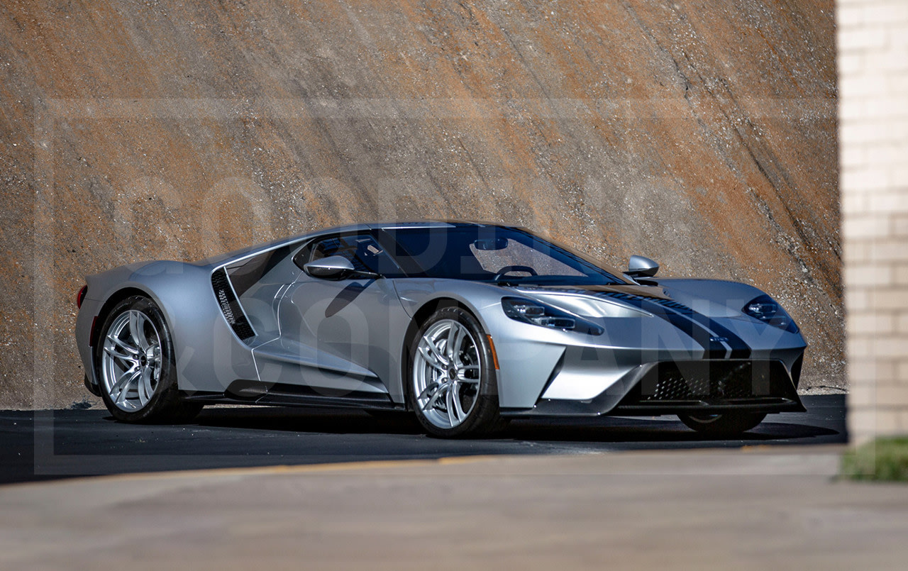 Prod/Portal/2017 Ford GT/2017-Ford-GT-14