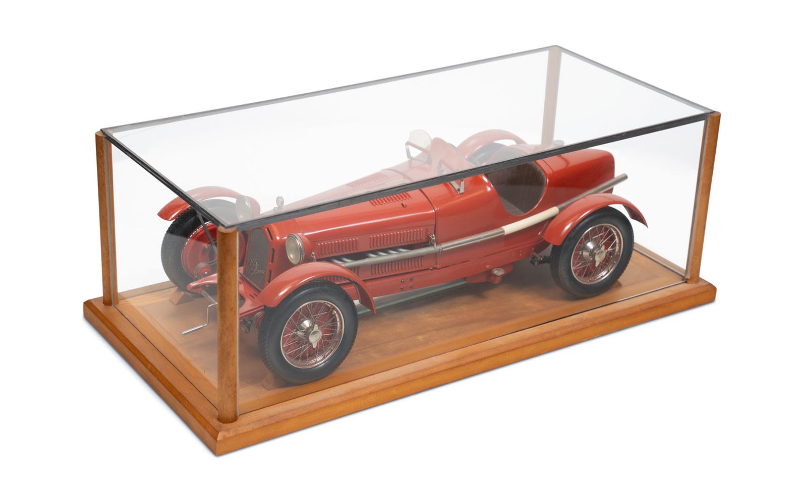 Alfa Romeo 8C 2300 Monza Model by Pocher