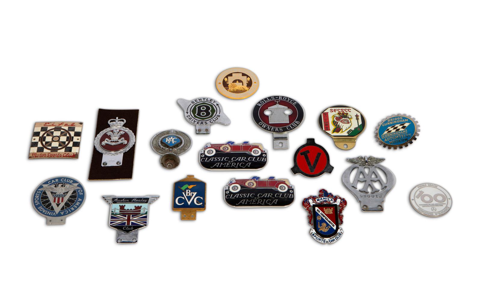 Assorted Automotive Badges