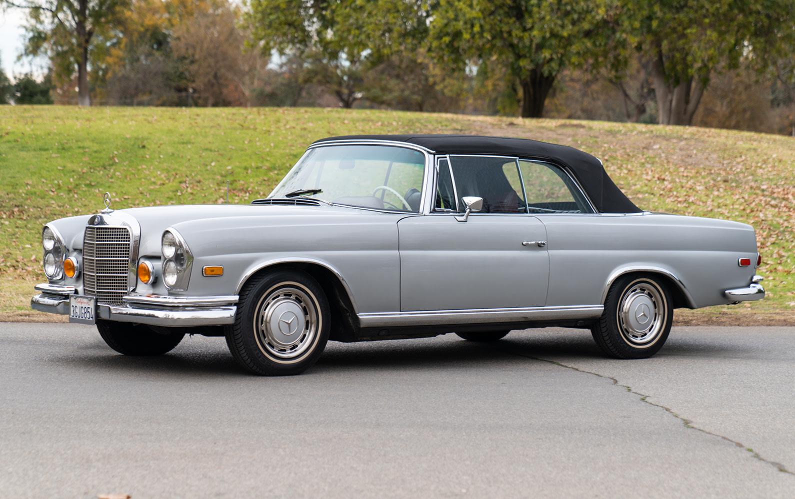 Prod/O21A - Scottsdale 2021/1426 - 1969 Mercedes-Benz 280 SE Cabriolet/1969_Mercedes_Benz_280_SE_Cabriolet_1_pdyuvz