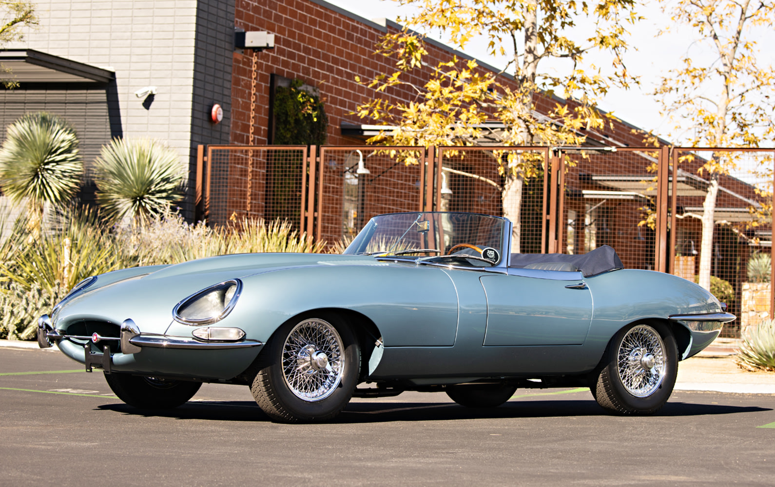 1966 Jaguar E-Type Series I 4.2-Litre Roadster (1)