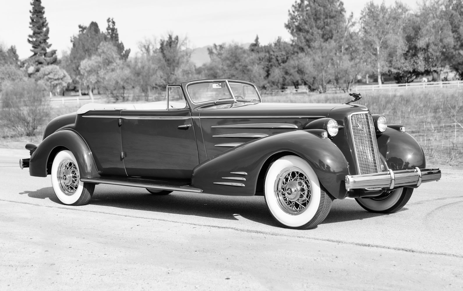 1935 Cadillac V-16 452D Five-Passenger Convertible Coupe