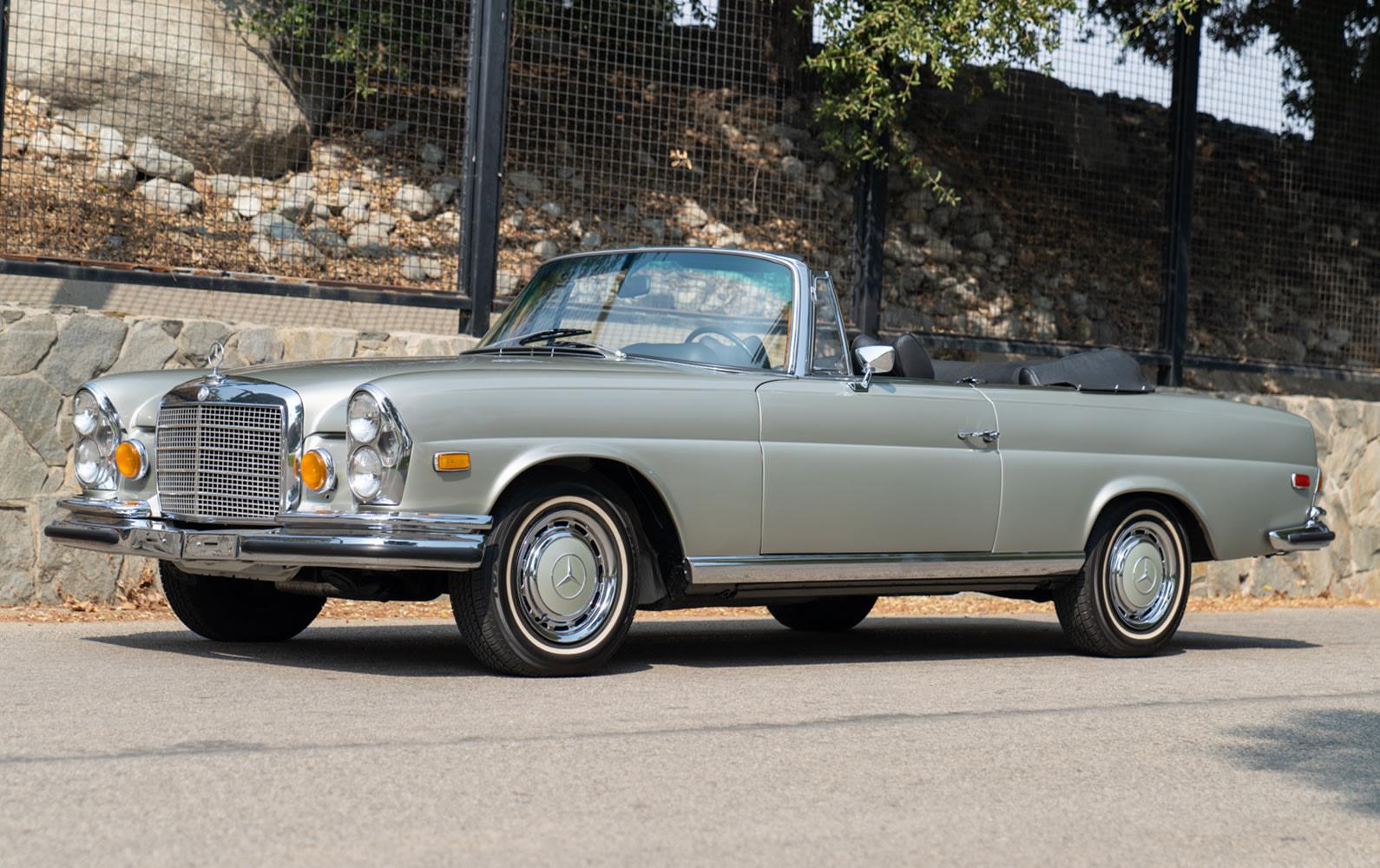 Prod/O21A - Scottsdale 2021/1442 - 1971 Mercedes-Benz 280 SE 3.5 Cabriolet/1971_Mercedes-Benz_280_SE_Cabriolet_44_zb4rwe