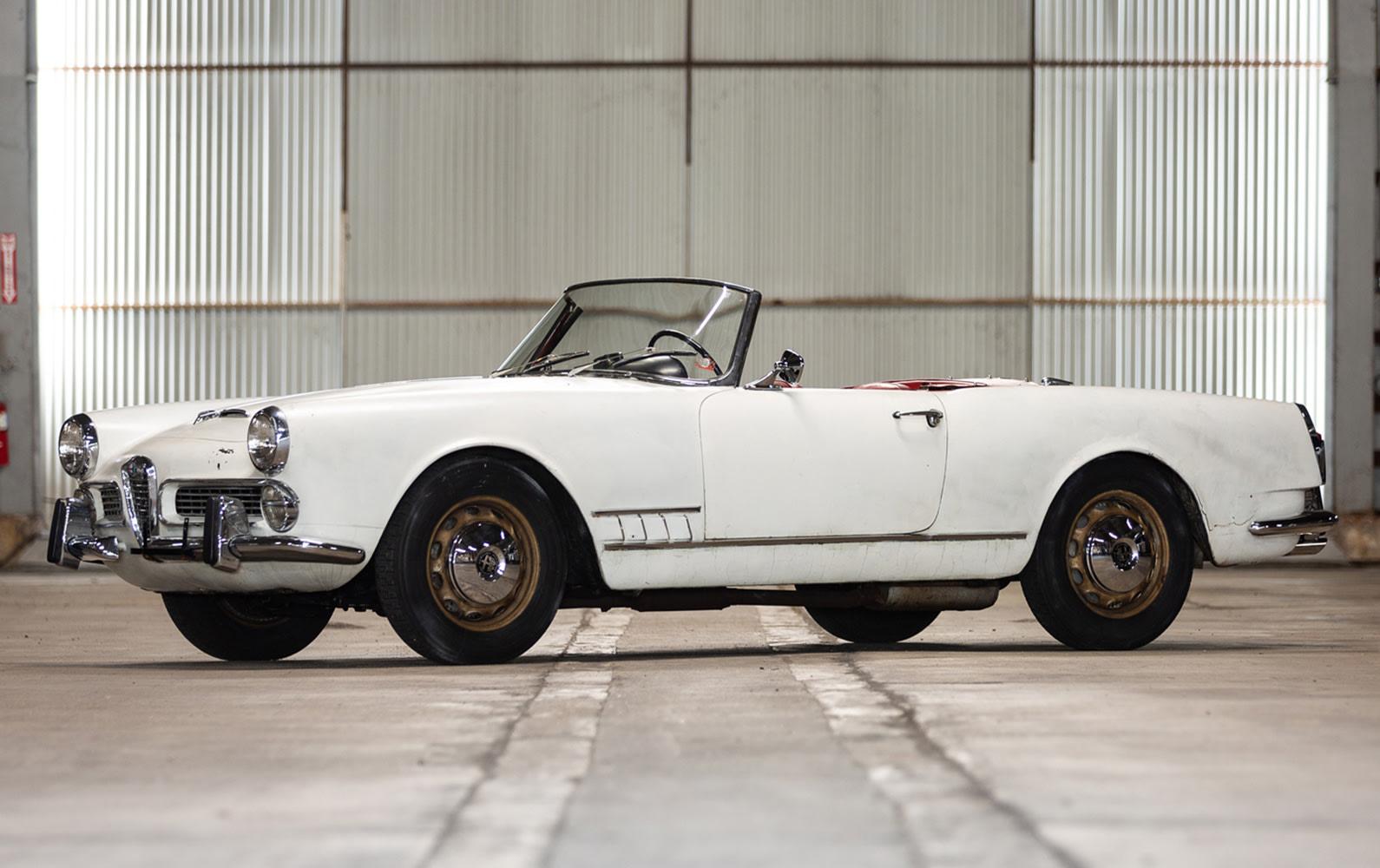 Prod/O21A - Scottsdale 2021/1444 - 1960 Alfa Romeo 2000 Spider/1960_Alfa_Romeo_2000_Spider_2_cwm8ha