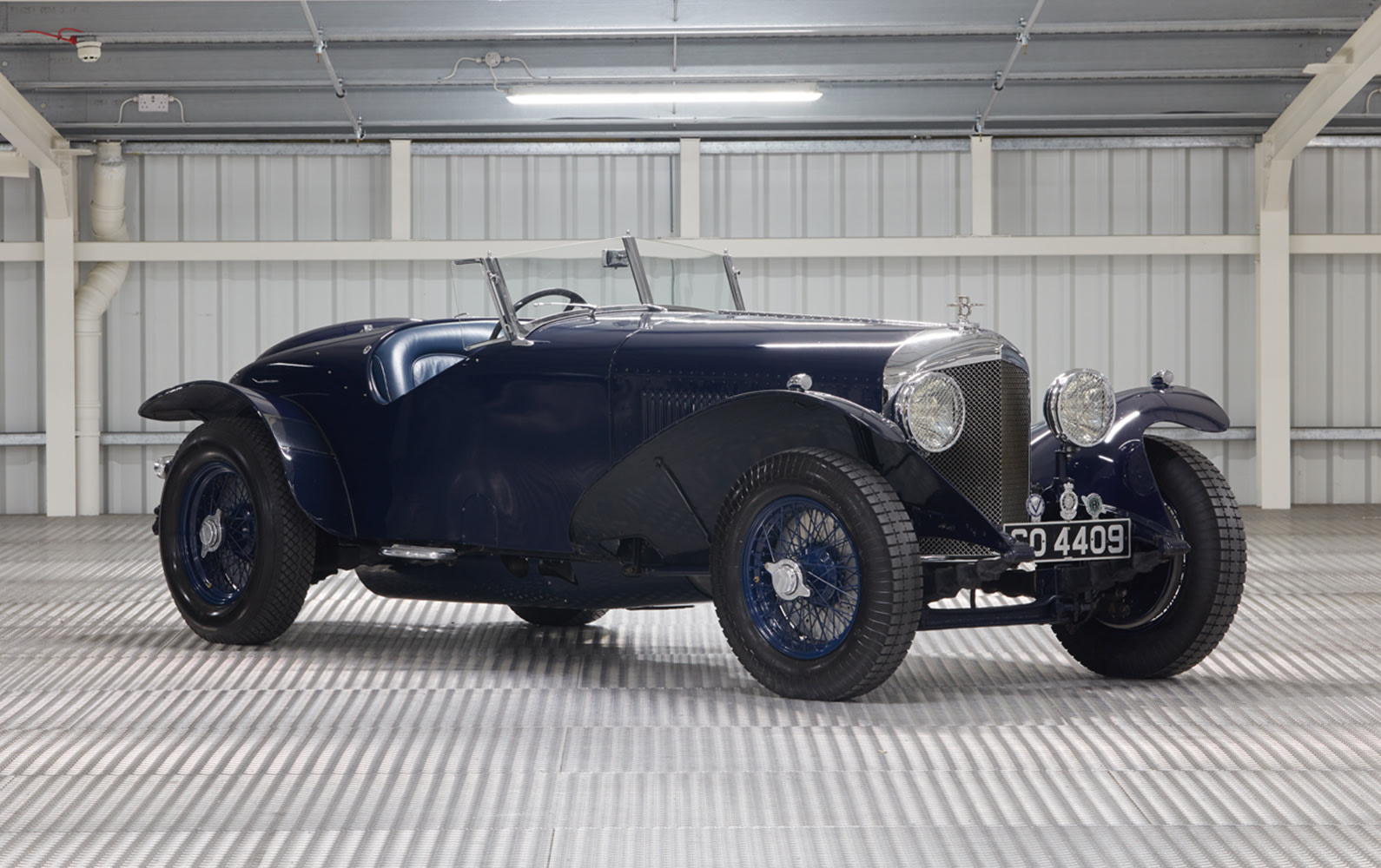Prod/O21B - UK 2021/1931 Bentley 8 Litre Pointed Tail Two Seater/Hero/1931_Bentley_8_Litre_Pointed_Tail_Two_Seater_102_dmc5vw
