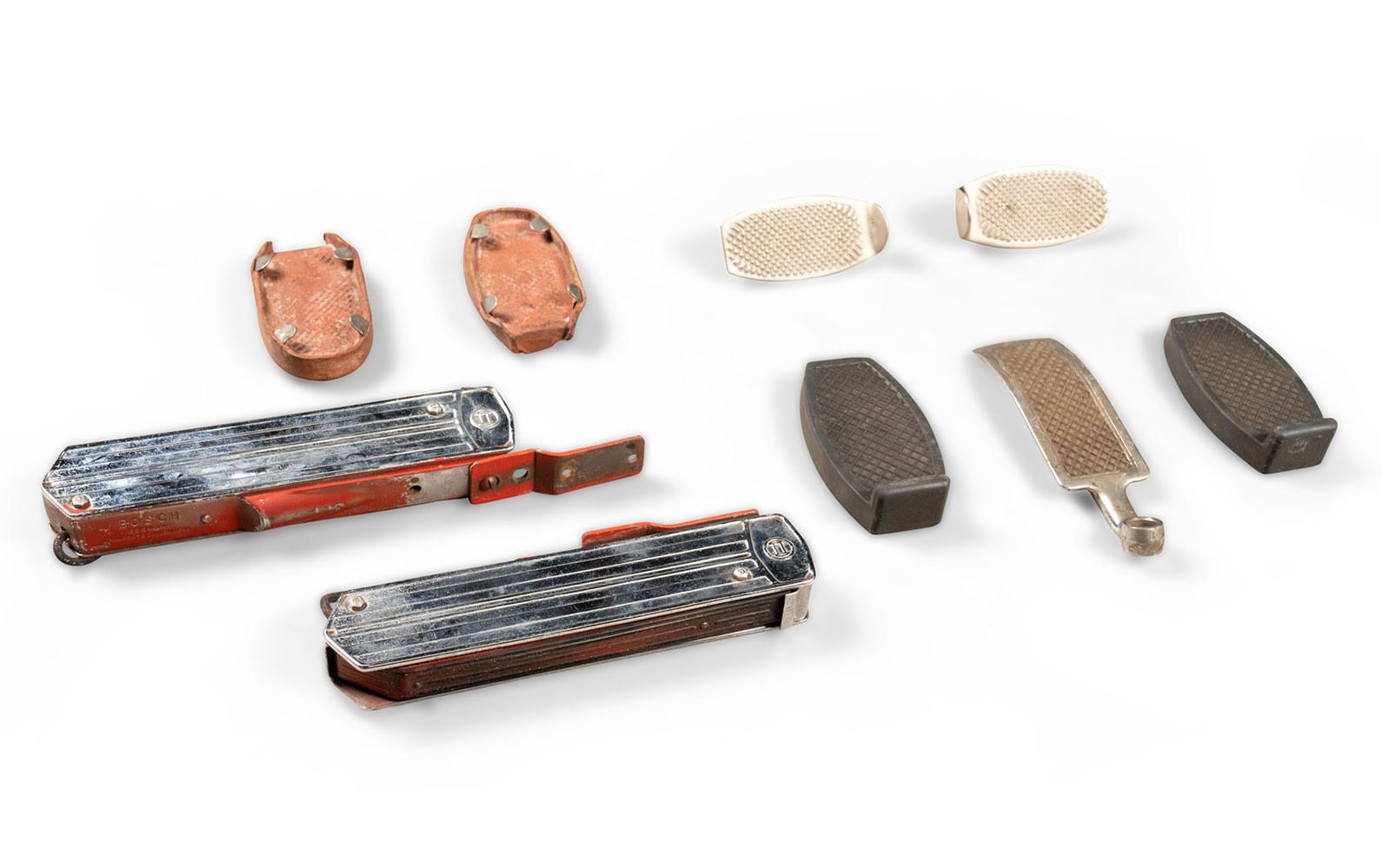 Prod/O21E - Phil Hill C 2021/C0061_Bosch Semaphores, Accelerator, Clutch and Brake Pedal Parts/C0061_Bosch_Semaphores_Accelerator_Clutch_Brake_Parts_2_dh8ccp