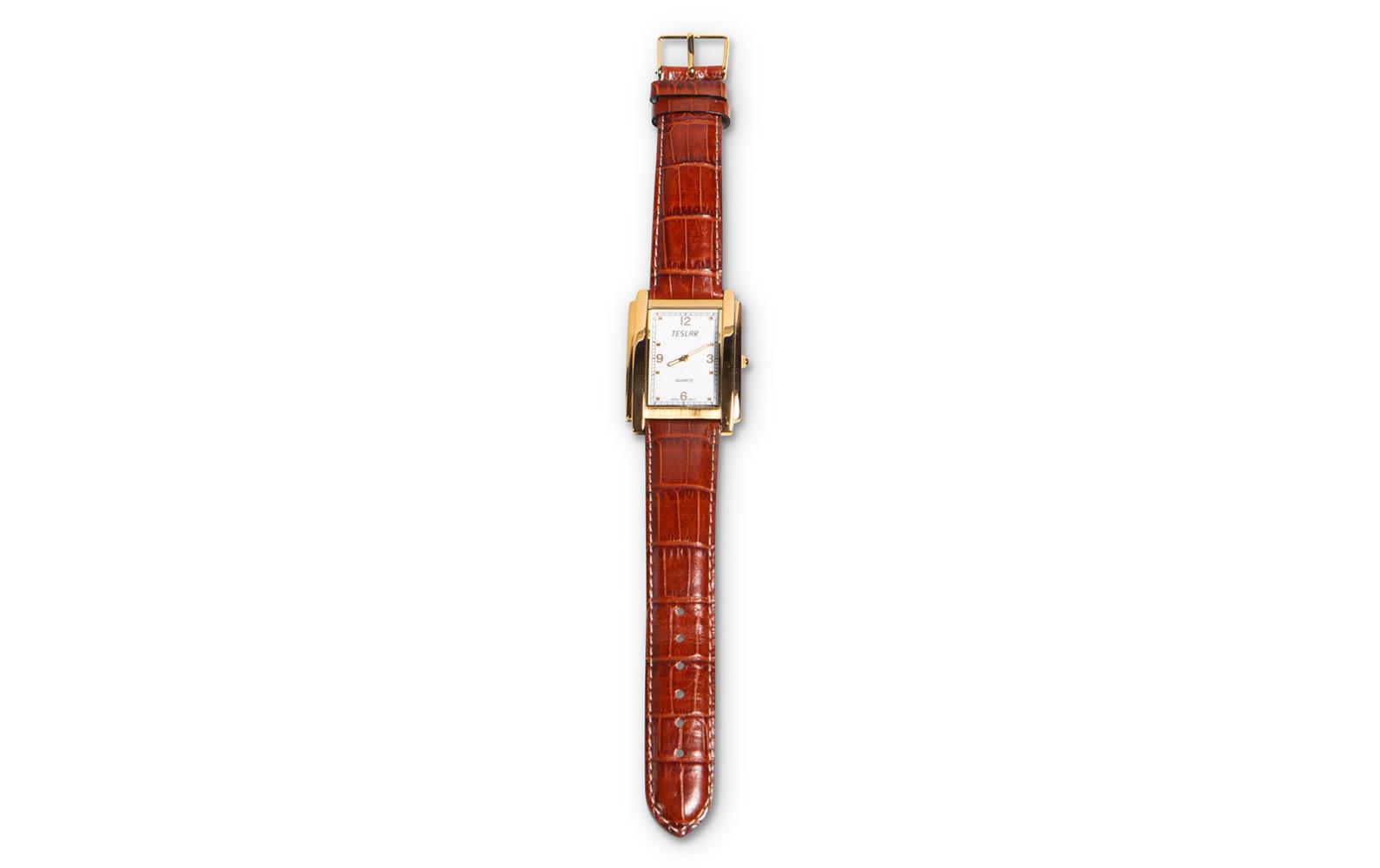 Prod/O21E - Phil Hill C 2021/C0075_Teslar Quartz Watch in Box with Warranty Paper/C0075_Teslar_Quartz_Watch_4_ukrd1h