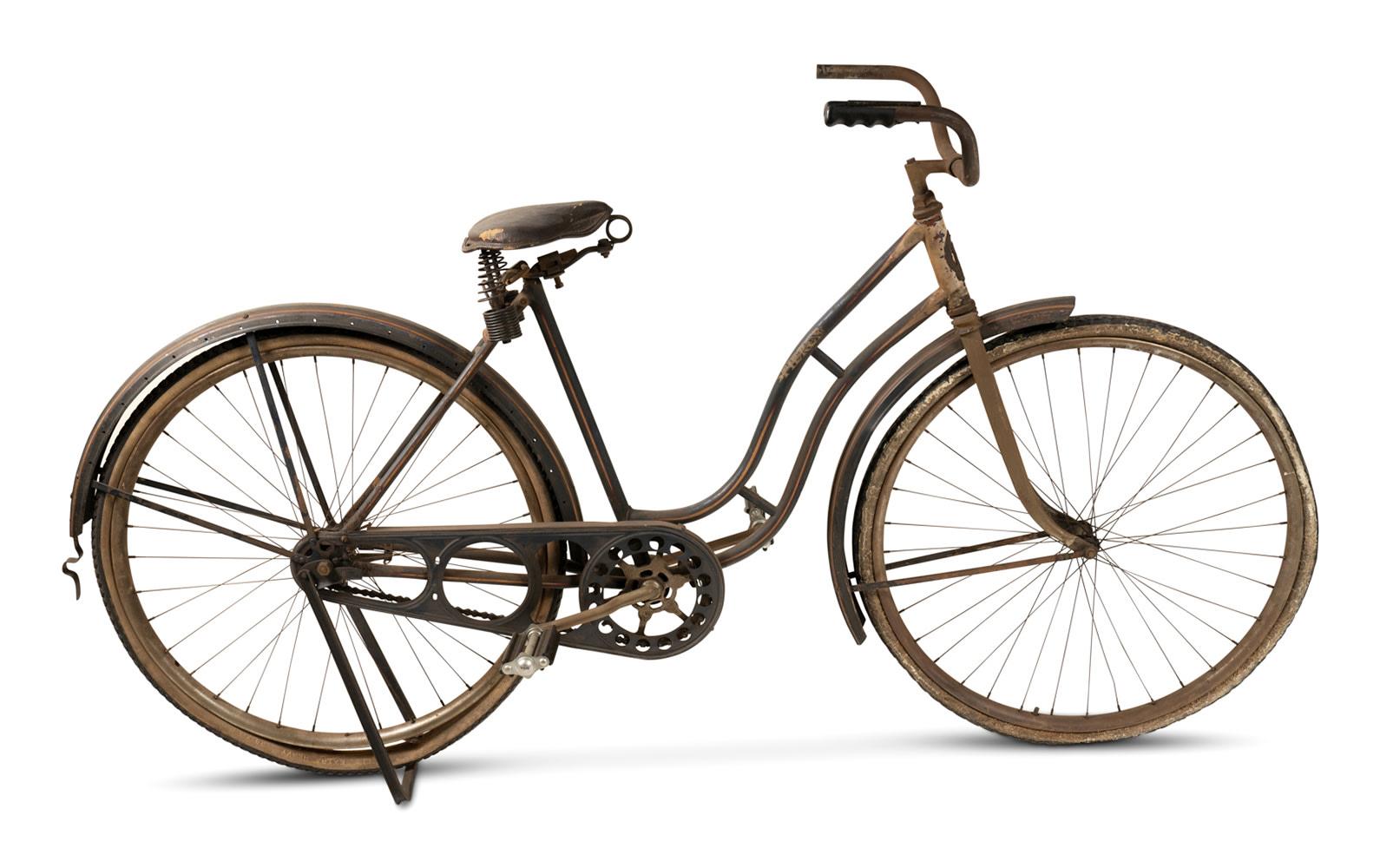 Prod/O21E - Phil Hill C 2021/C0082_1930s Pierce Arrow Bicycle/C0082_1930s_Pierce_Arrow_Bicycle_1_r8h7ca