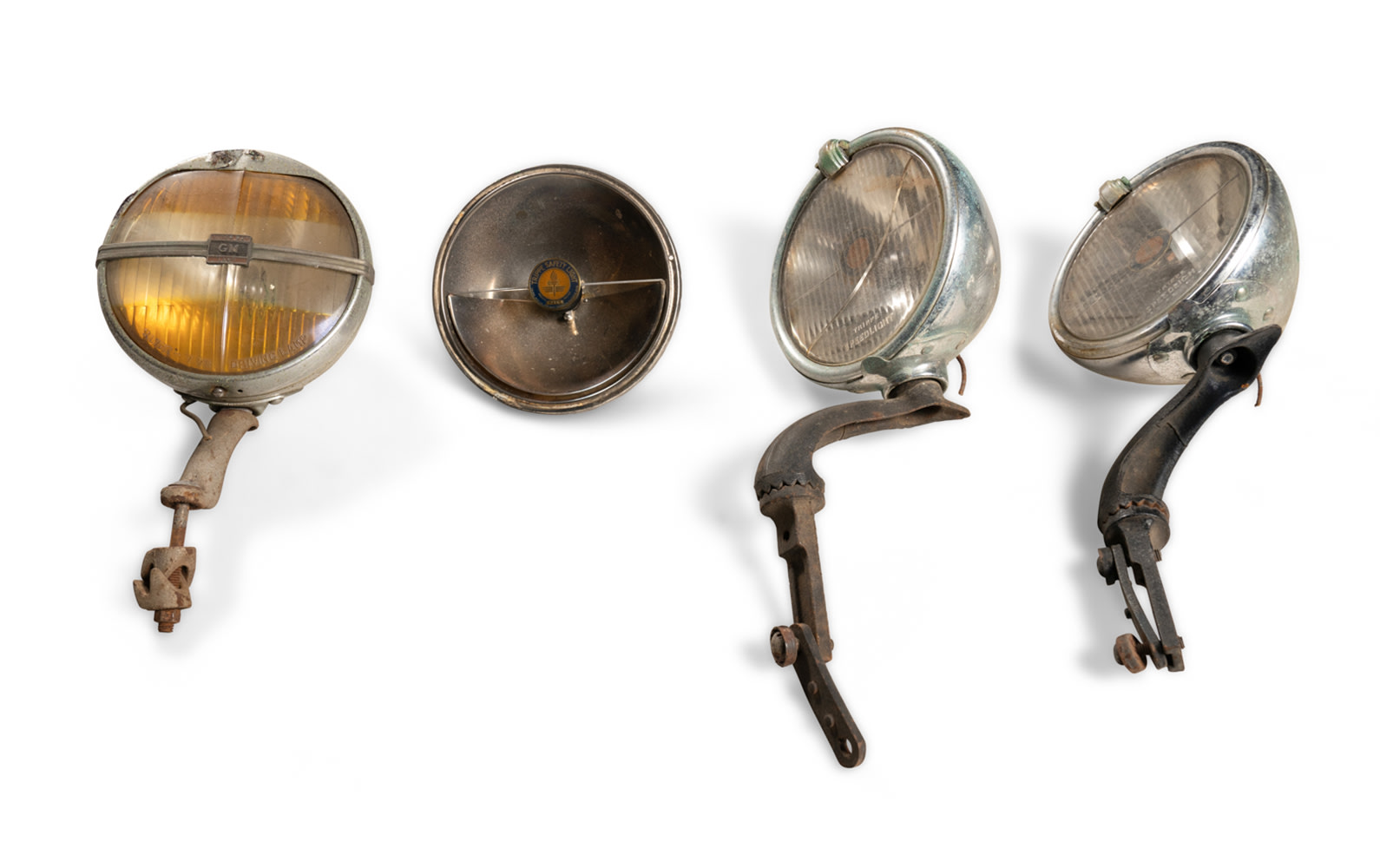 Prod/O21E - Phil Hill C 2021/C0156_Trippe Safety Lights, GM Super Ray Lamp, and Hardware/C0156_Trippe_Safety_Lights_GM_Lamp_Hardware_1_oazgry