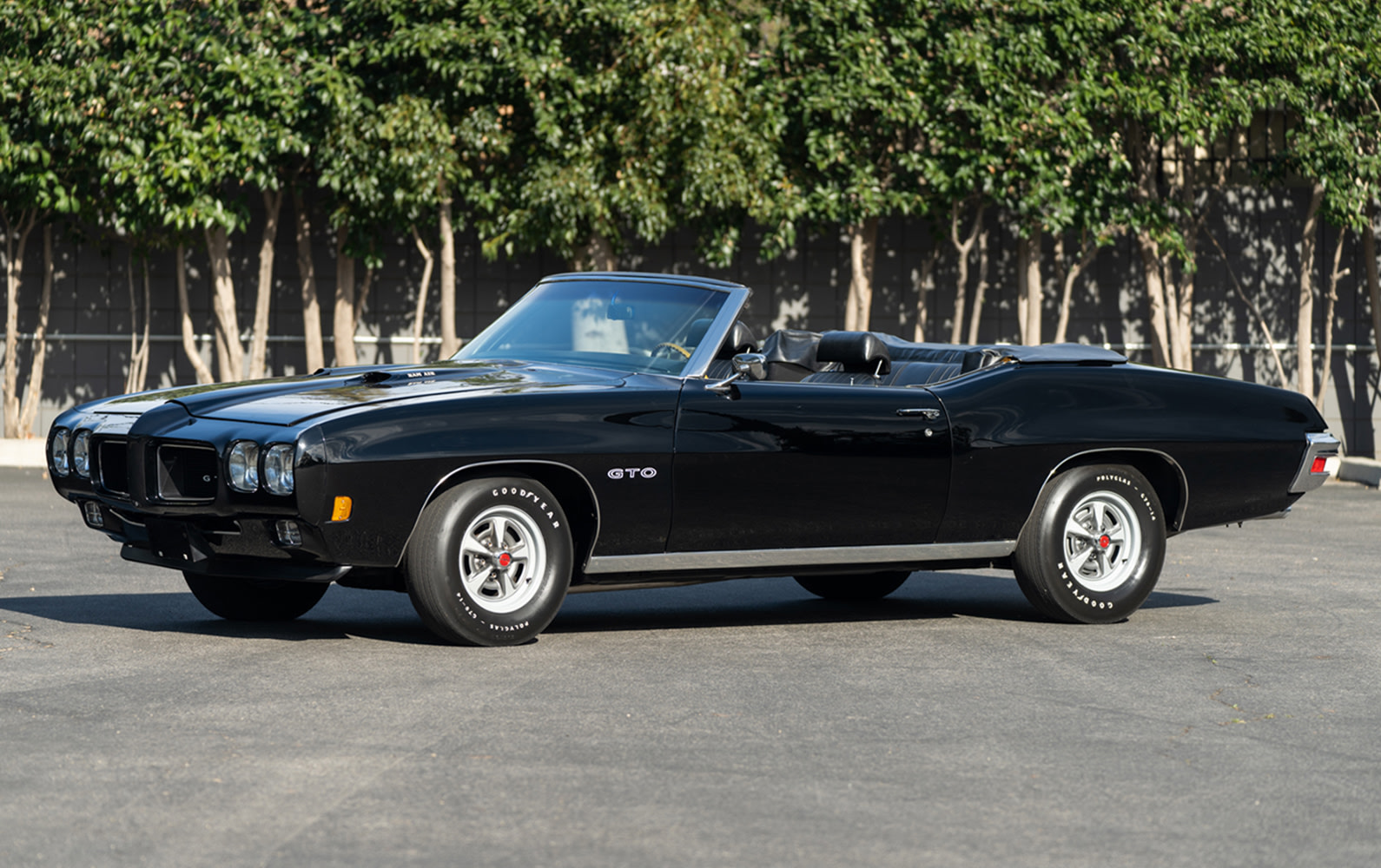 Prod/O21F - May 2021/1485_1970 Pontiac GTO Convertible/1970_Pontiac_GTO_Convertible_6_e9mb2d