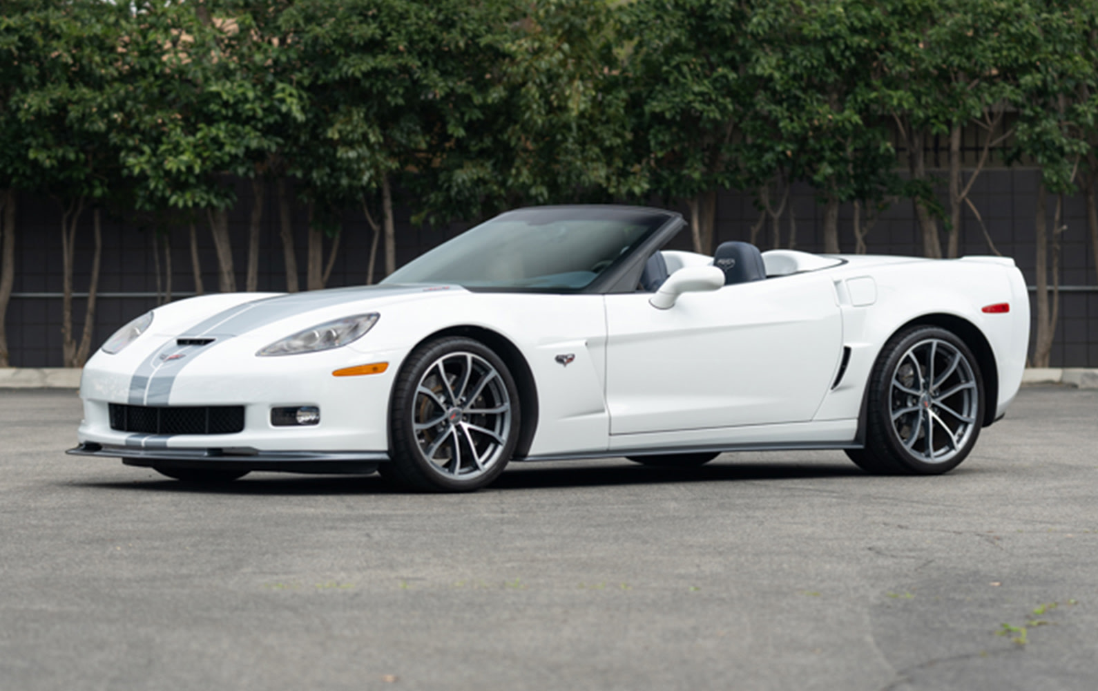 Prod/O21F - May 2021/1487_2013 Chevrolet Corvette 427 60th Anniversary Convertible/2013_Chevrolet_Corvette_427_60th_Anniversary_Convertible_12_kfgfoa