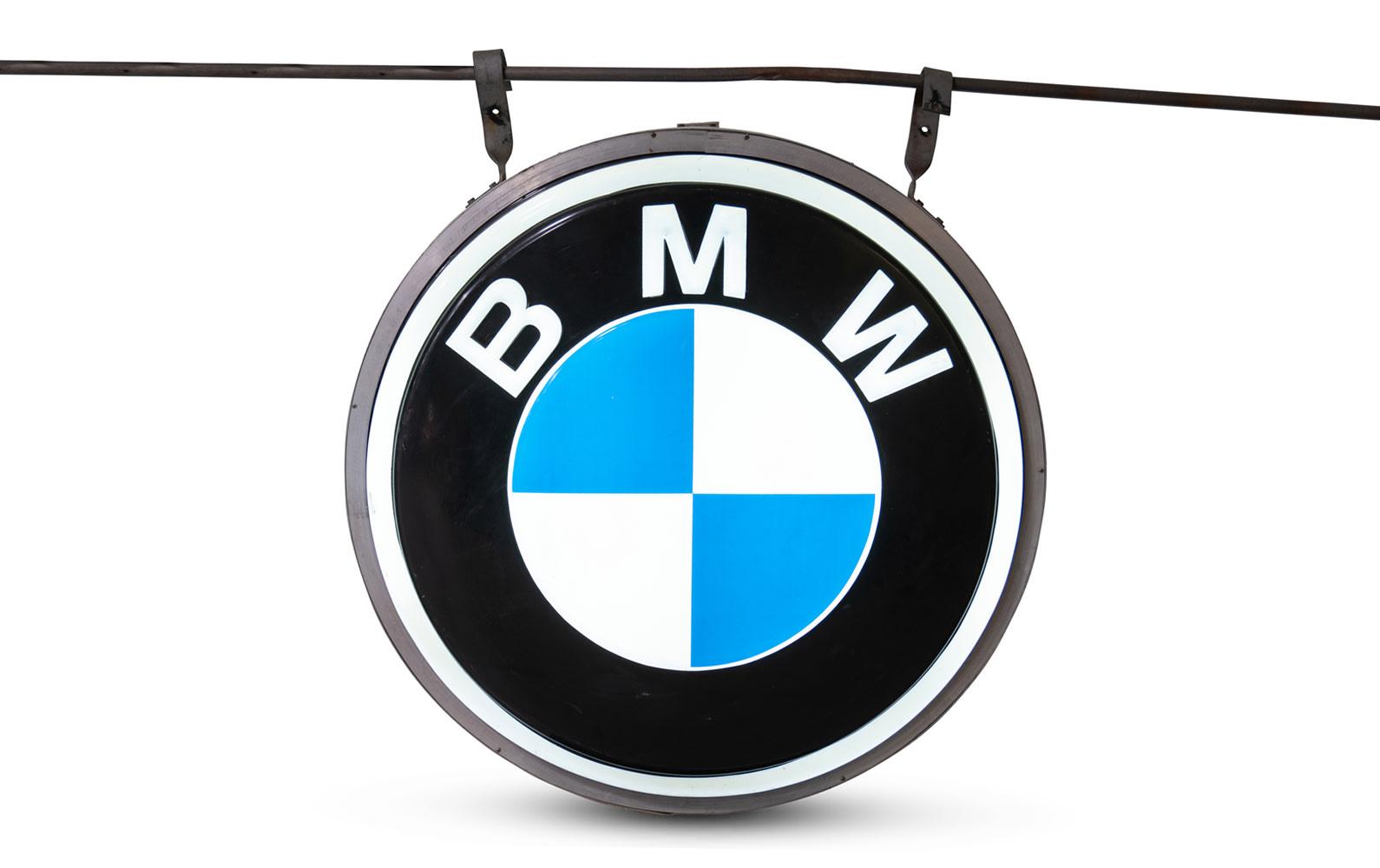 Round Illuminated BMW Dealership Sign