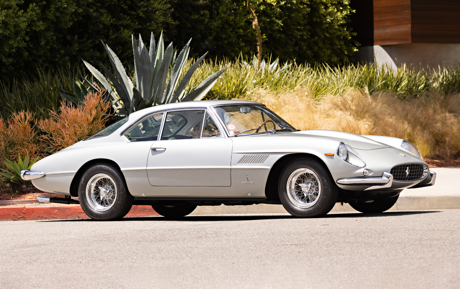 Prod/PB21 - Pebble Beach Auctions 2021/619 — 1962 Ferrari 400 Superamerica LWB Coupe Aerodinamico/1962_Ferrari_400_Superamerica_32_z5fy94