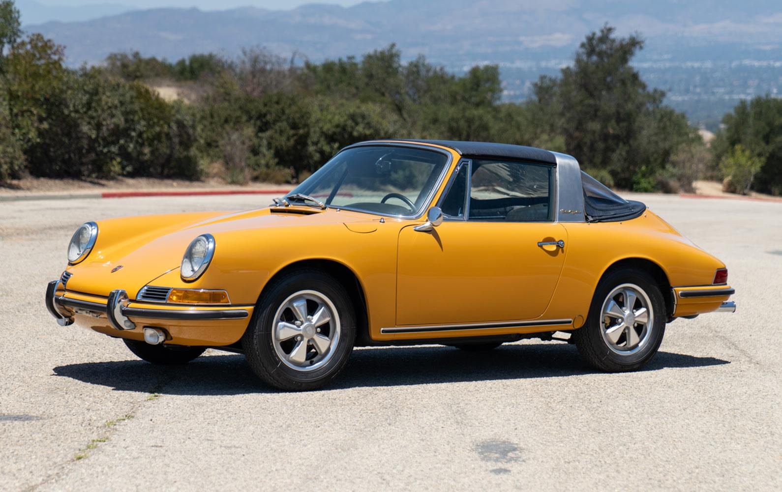 1967 Porsche 911 2.0 S Soft-Window Targa (2)