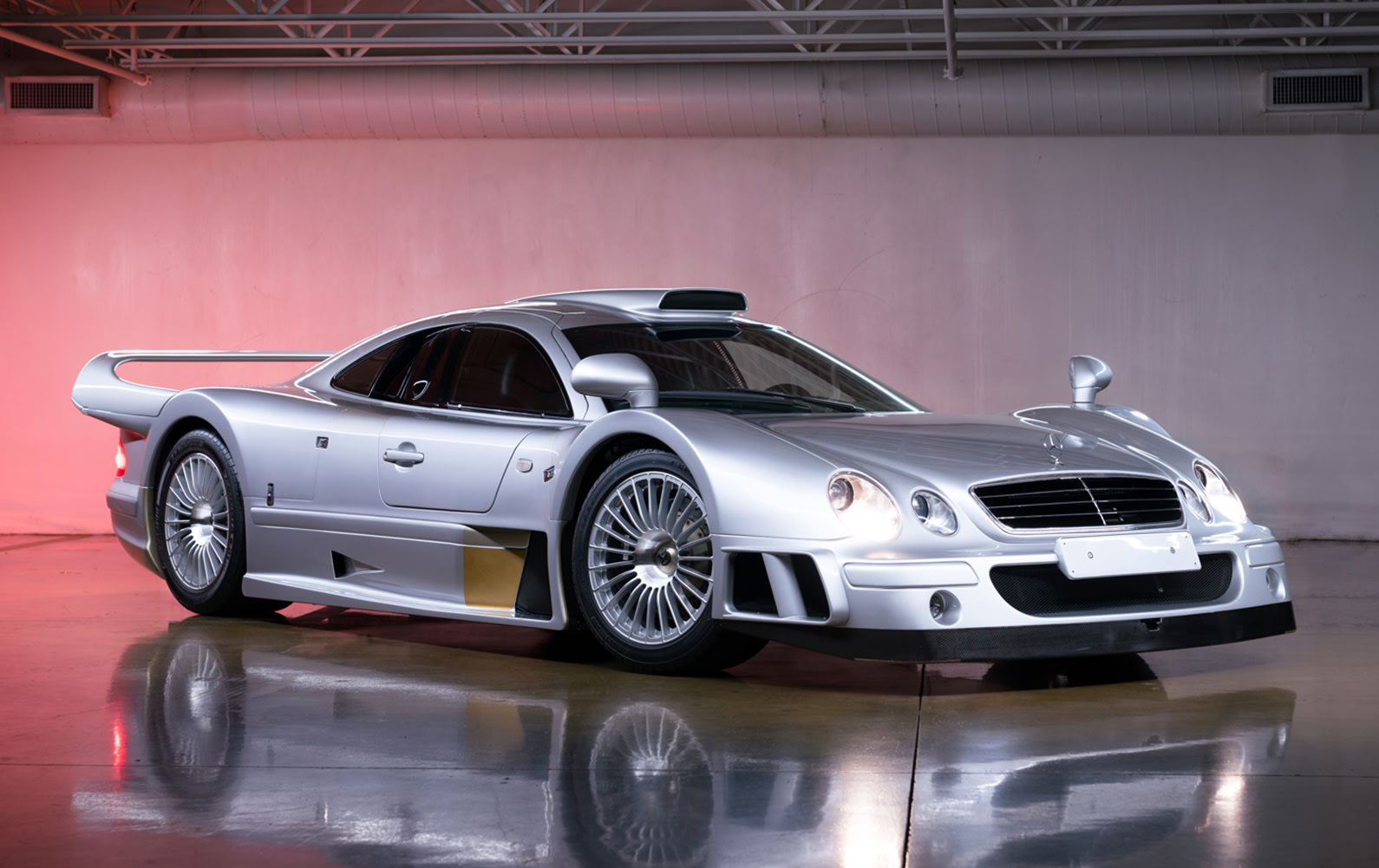 1998 Mercedes-Benz AMG CLK GTR Strassenversion