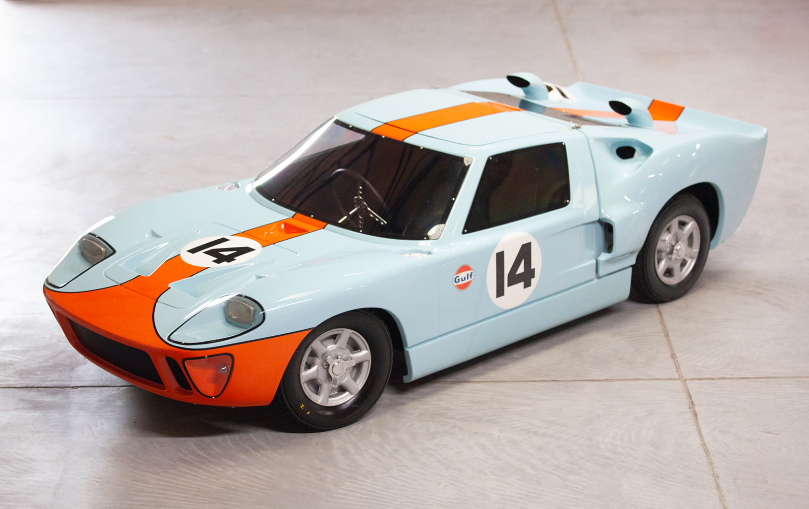 c. 1969 Automobile S.C.A.F. Ford GT40