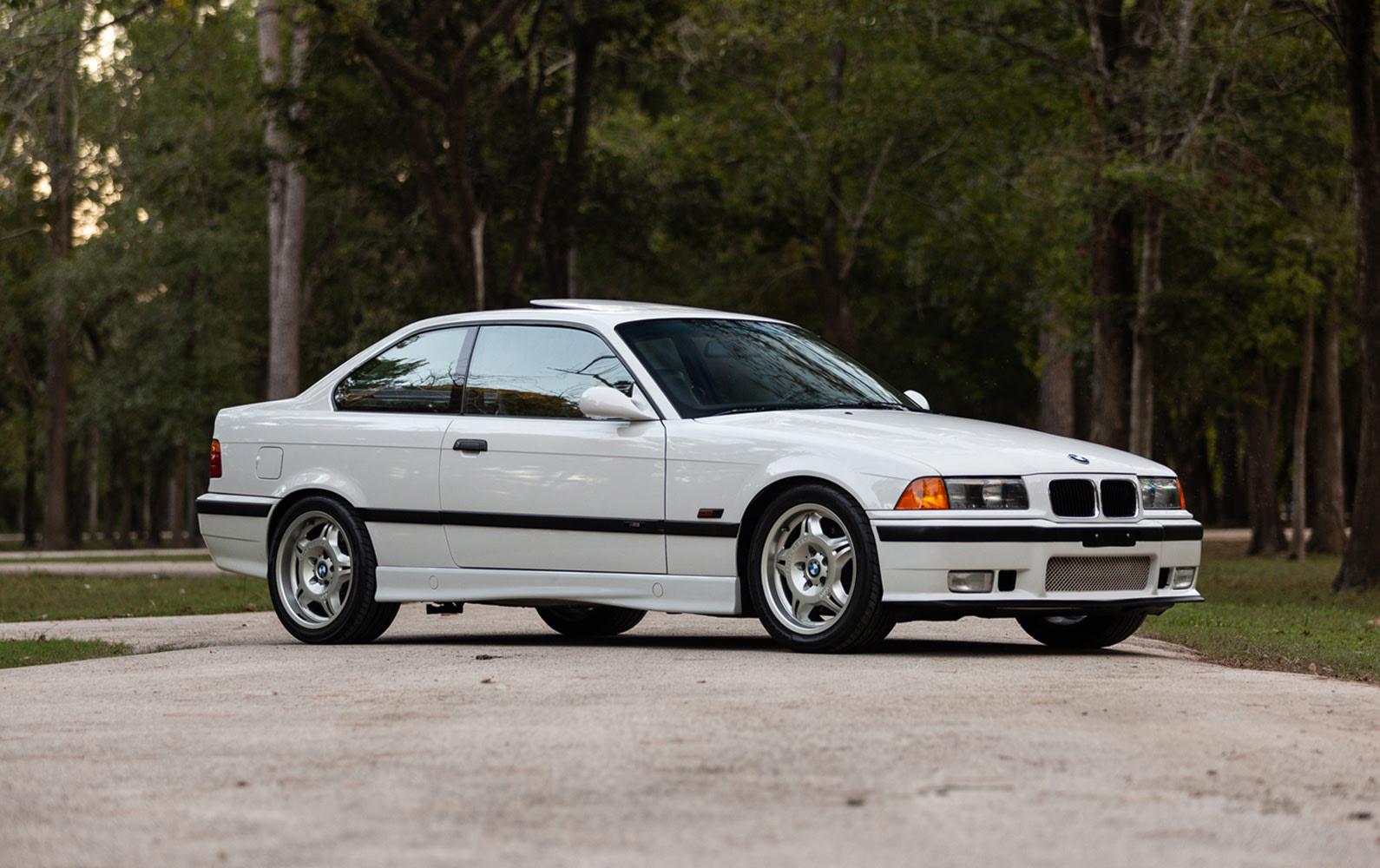 Prod/Portal/1995 BMW M3/1995-BMW-M3-1