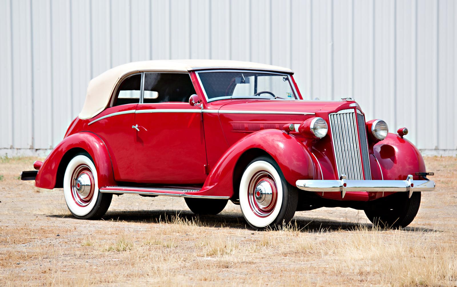 1937 Packard 115-C Cabriolet