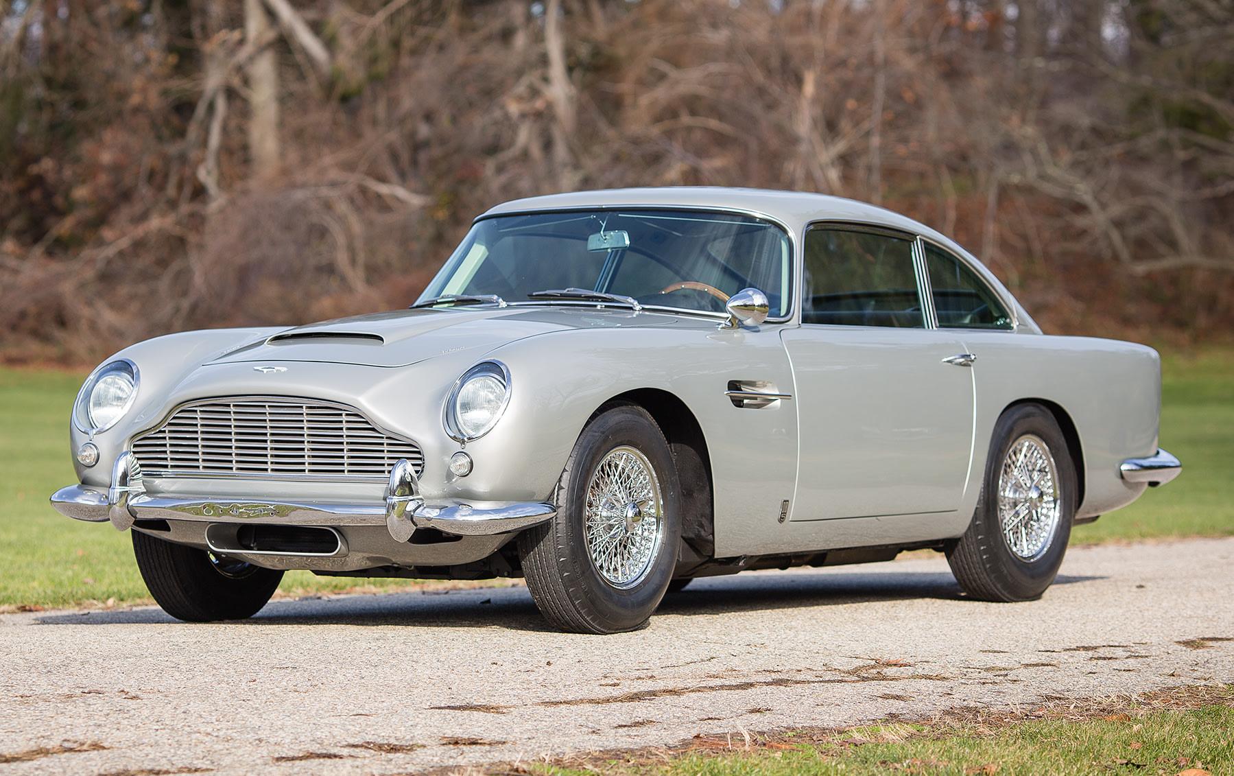 1965 Aston Martin DB5-3