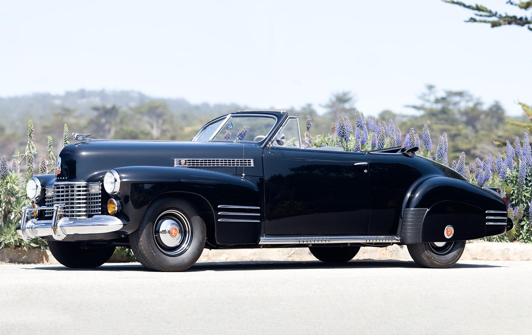 1941 Cadillac Series 62 Convertible Coupe-2