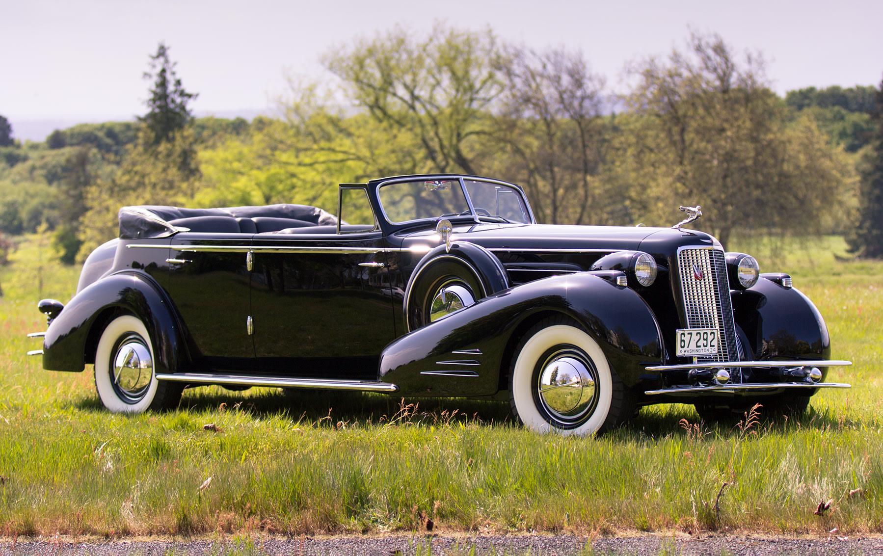 1934 Cadillac V-16 452D Convertible Sedan