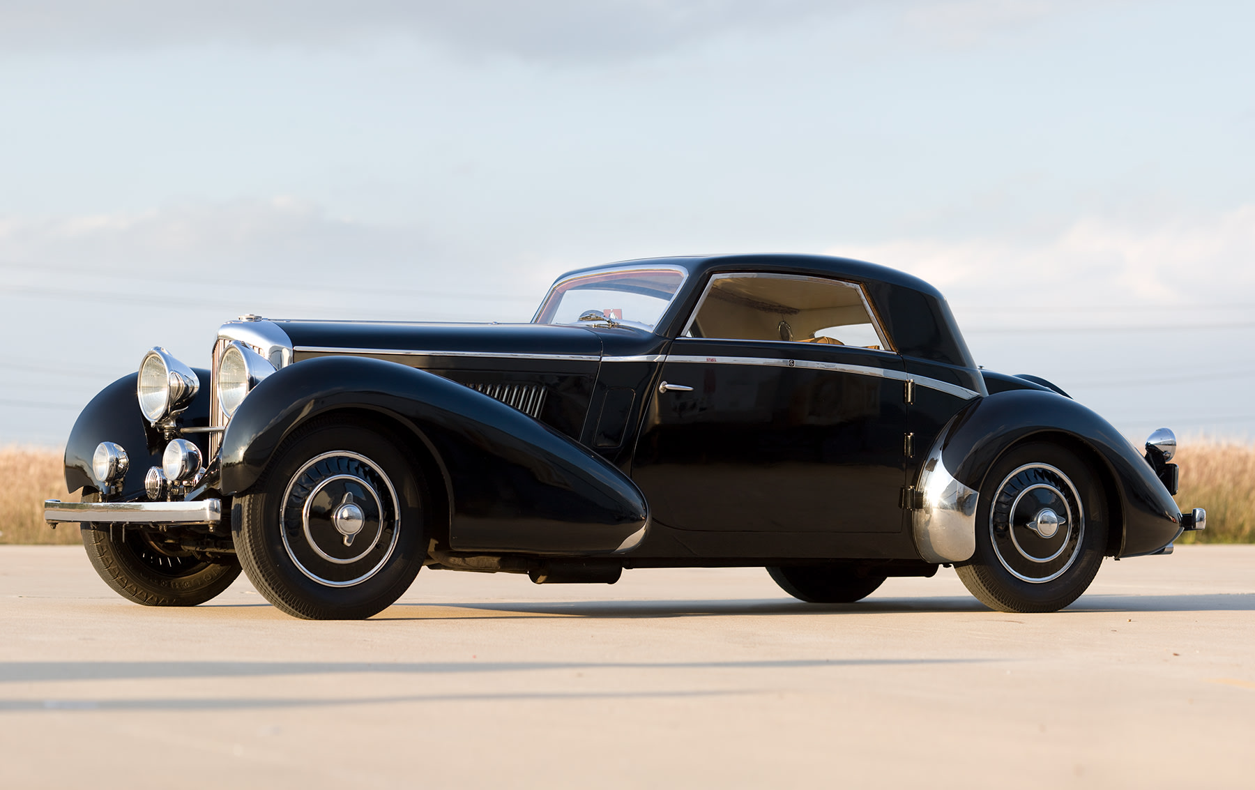 1937 Bentley 4 1/4 Litre Fixed Head Sport Coupe