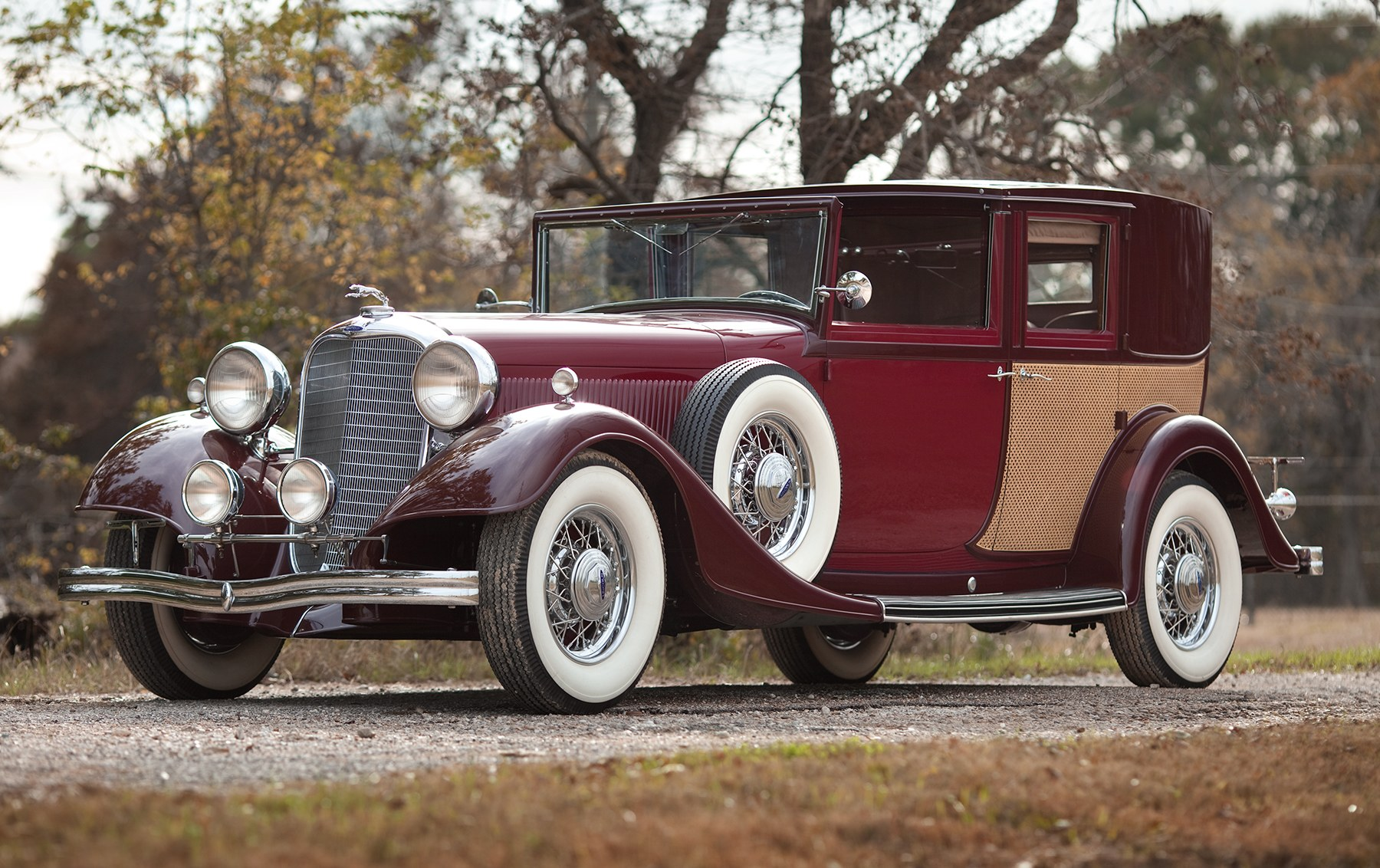 1933 Lincoln KB Panel Brougham
