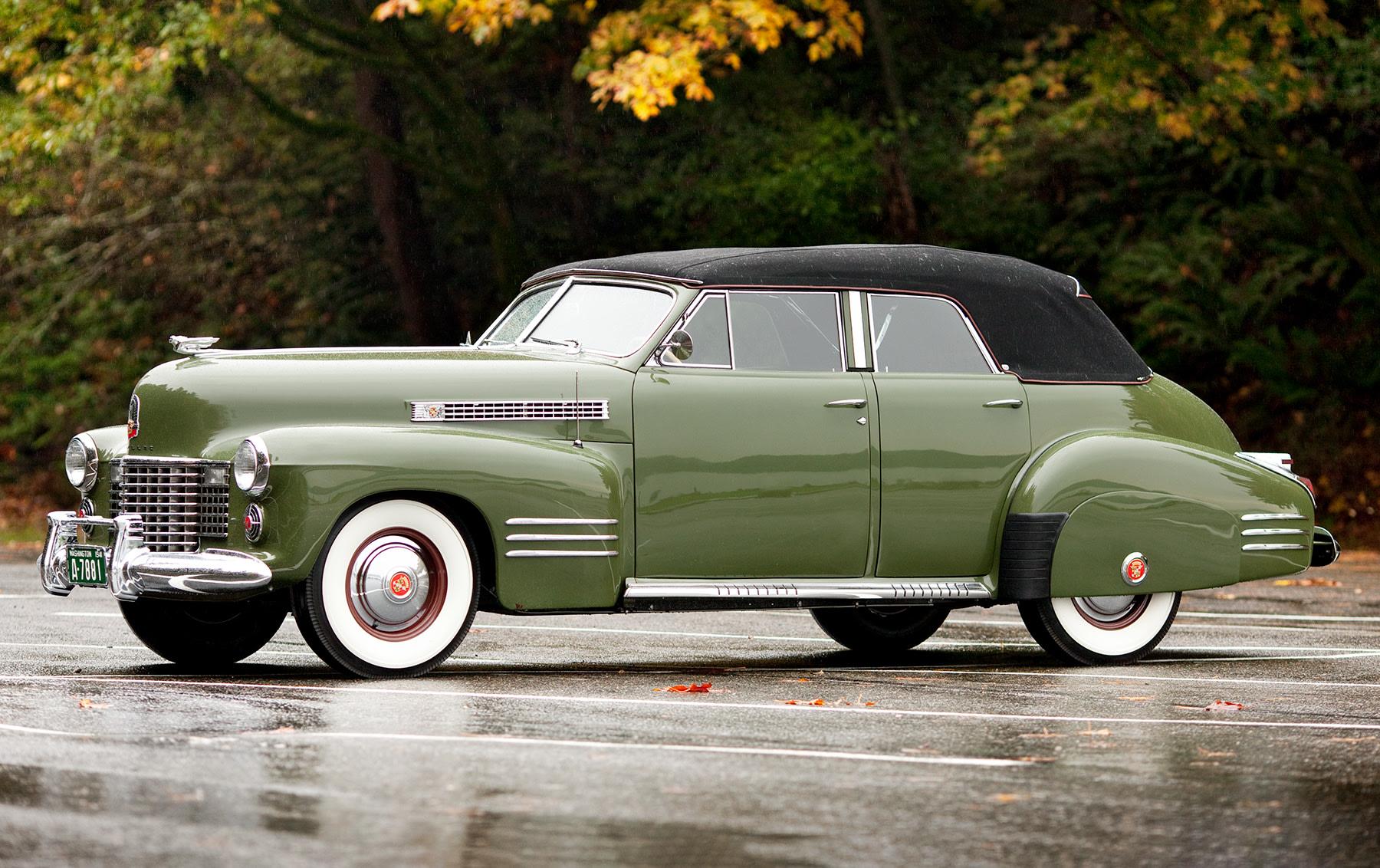 1941 Cadillac Series 62 Convertible Sedan-1