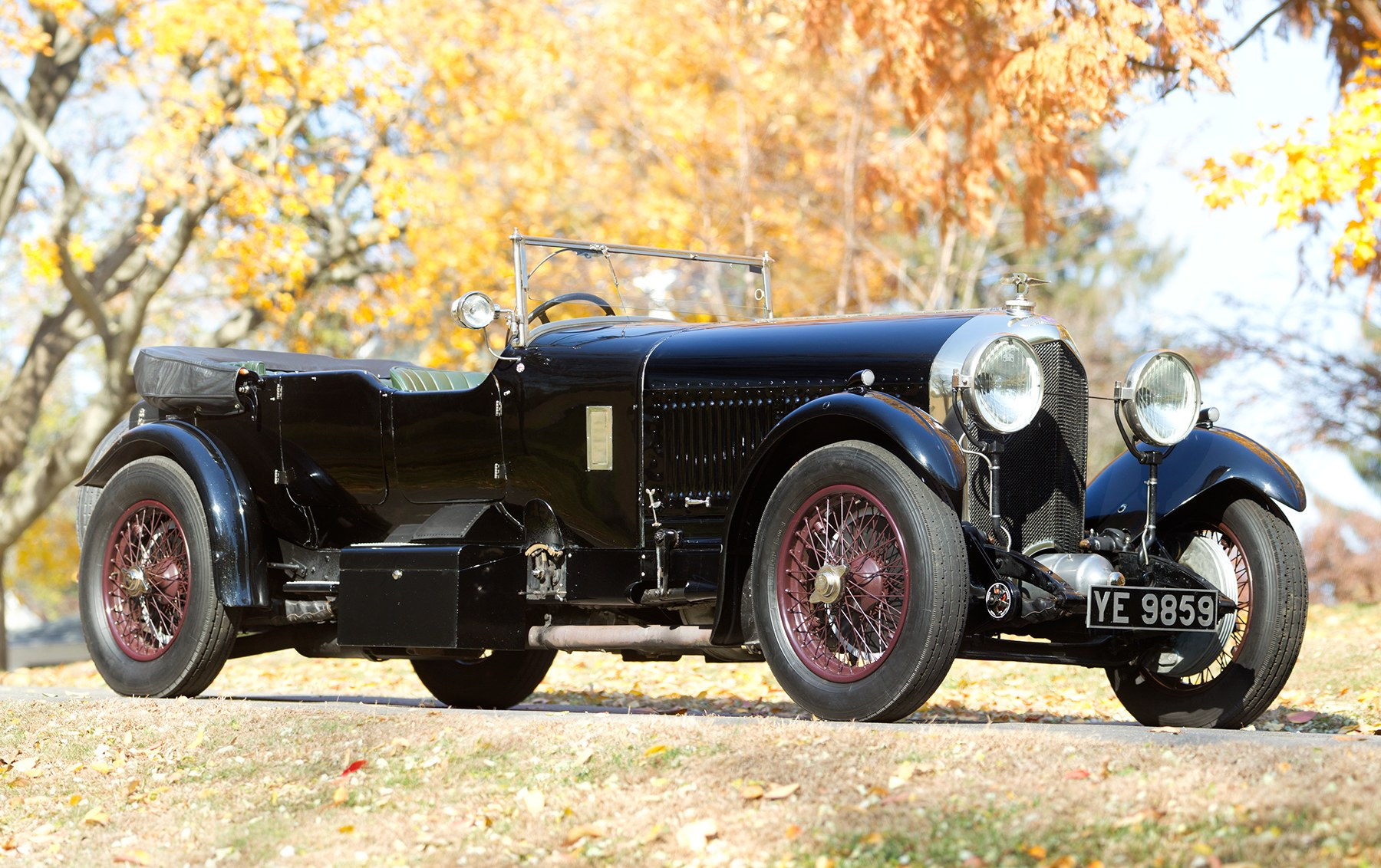 1927 Bentley 6 1/2 Litre Sports Tourer