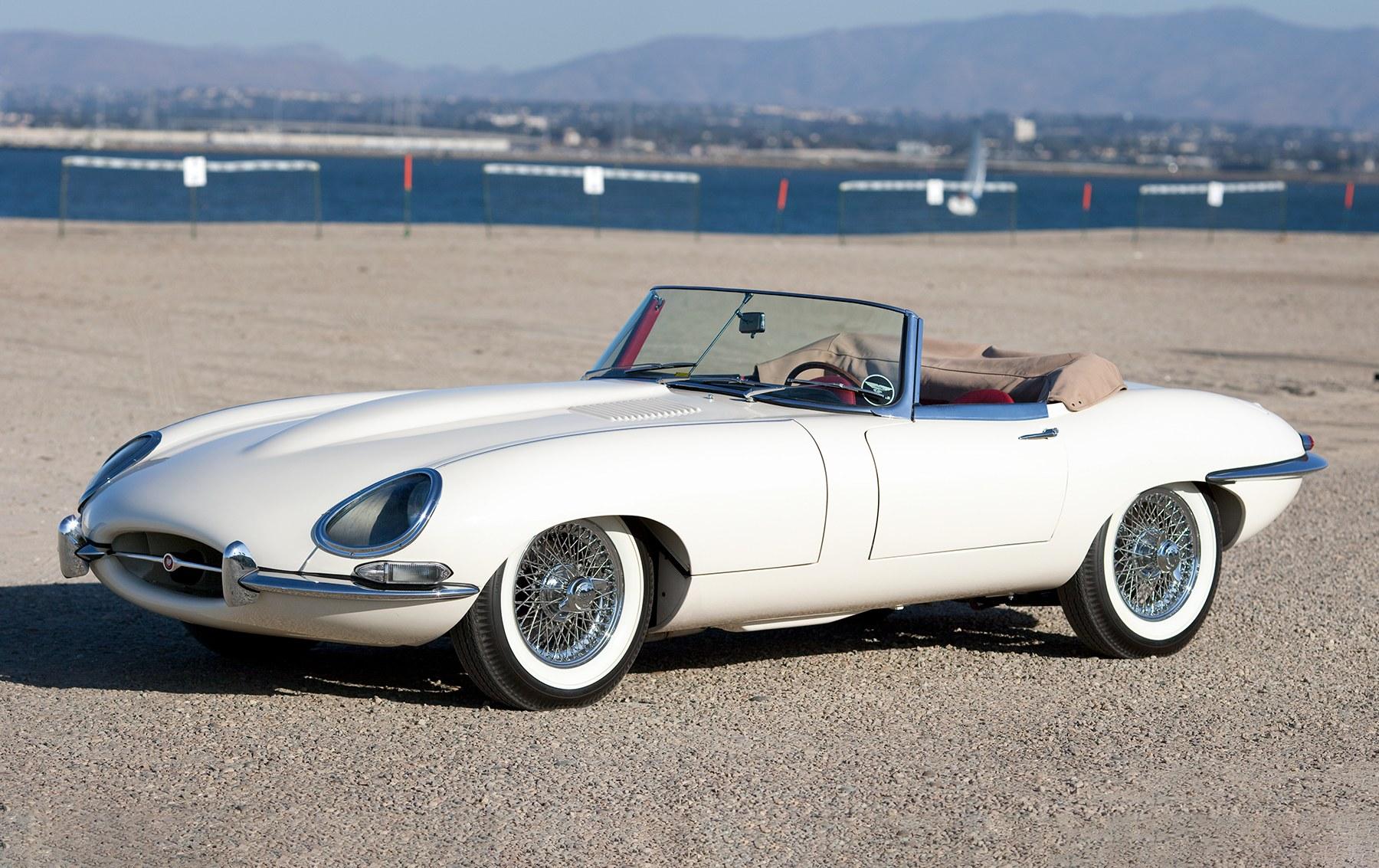 1962 Jaguar E-Type 3.8 Litre Roadster