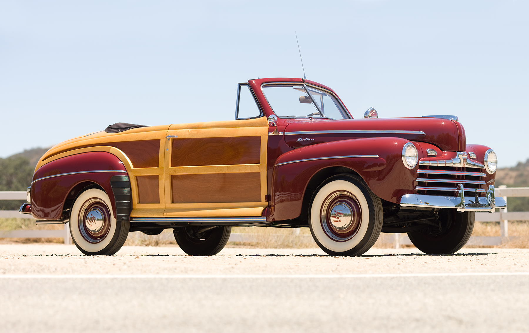 1946 Ford Super Deluxe Sportsman Convertible