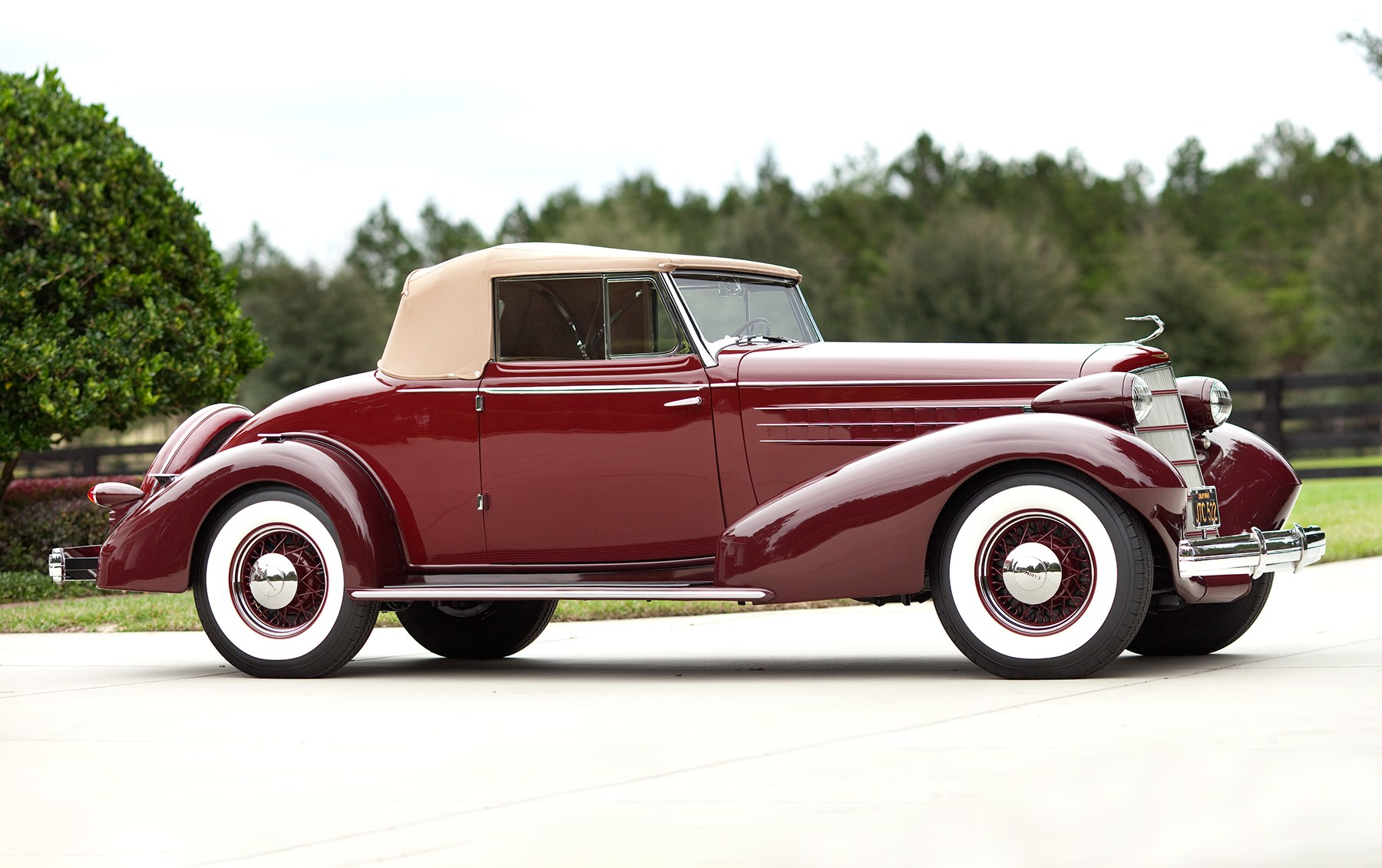 1934 Cadillac V-8 Model 355-D Series 10 Convertible Coupe