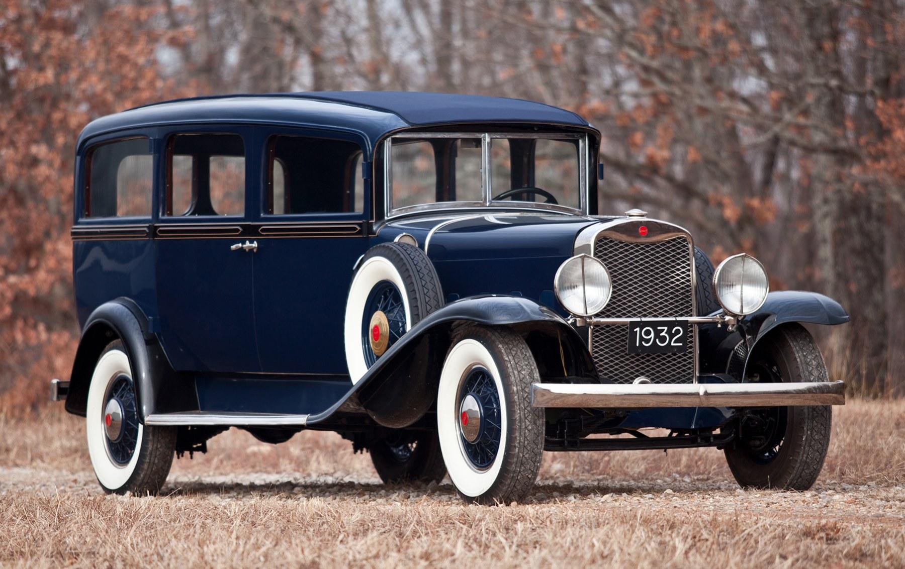 1932 Henney Model 10 Hearse
