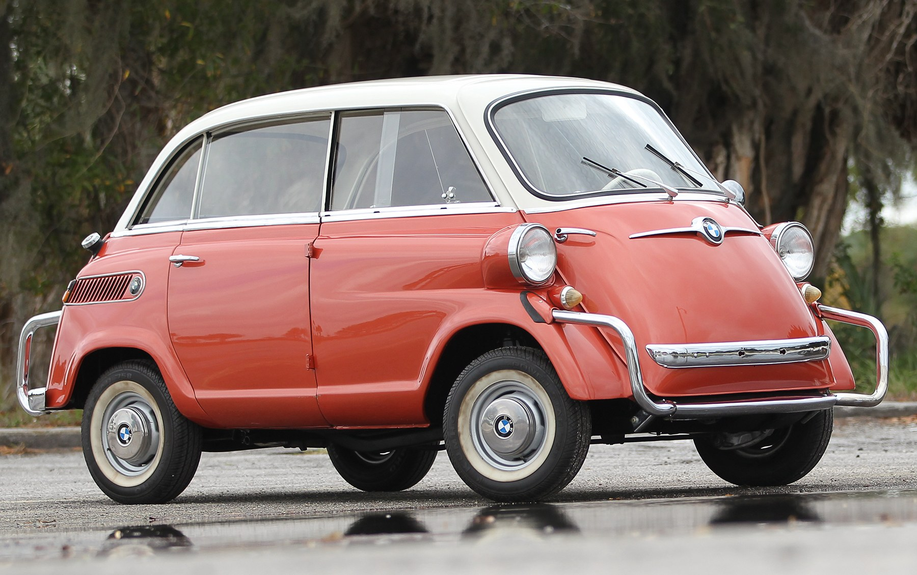 1958 BMW 600 Isetta