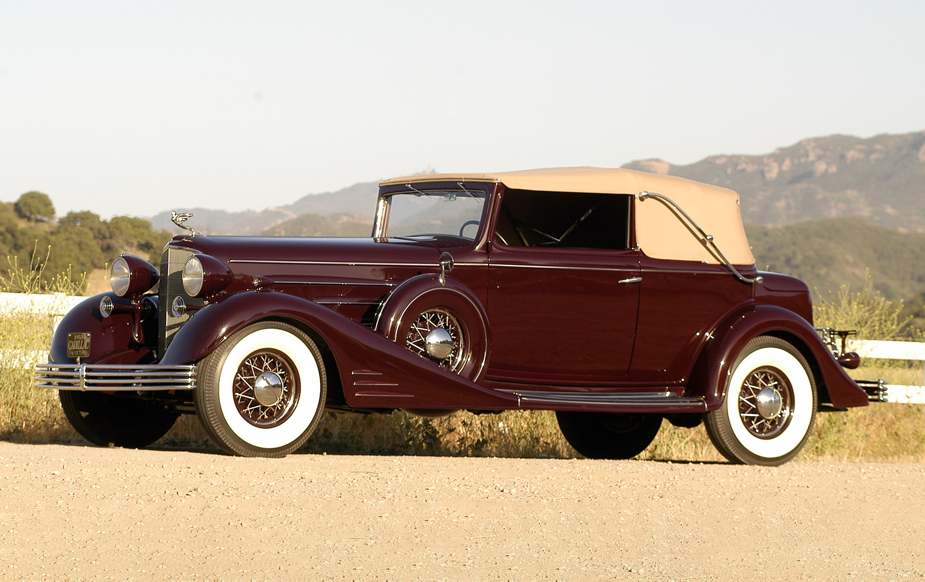 1933 Cadillac V-16 Convertible Victoria