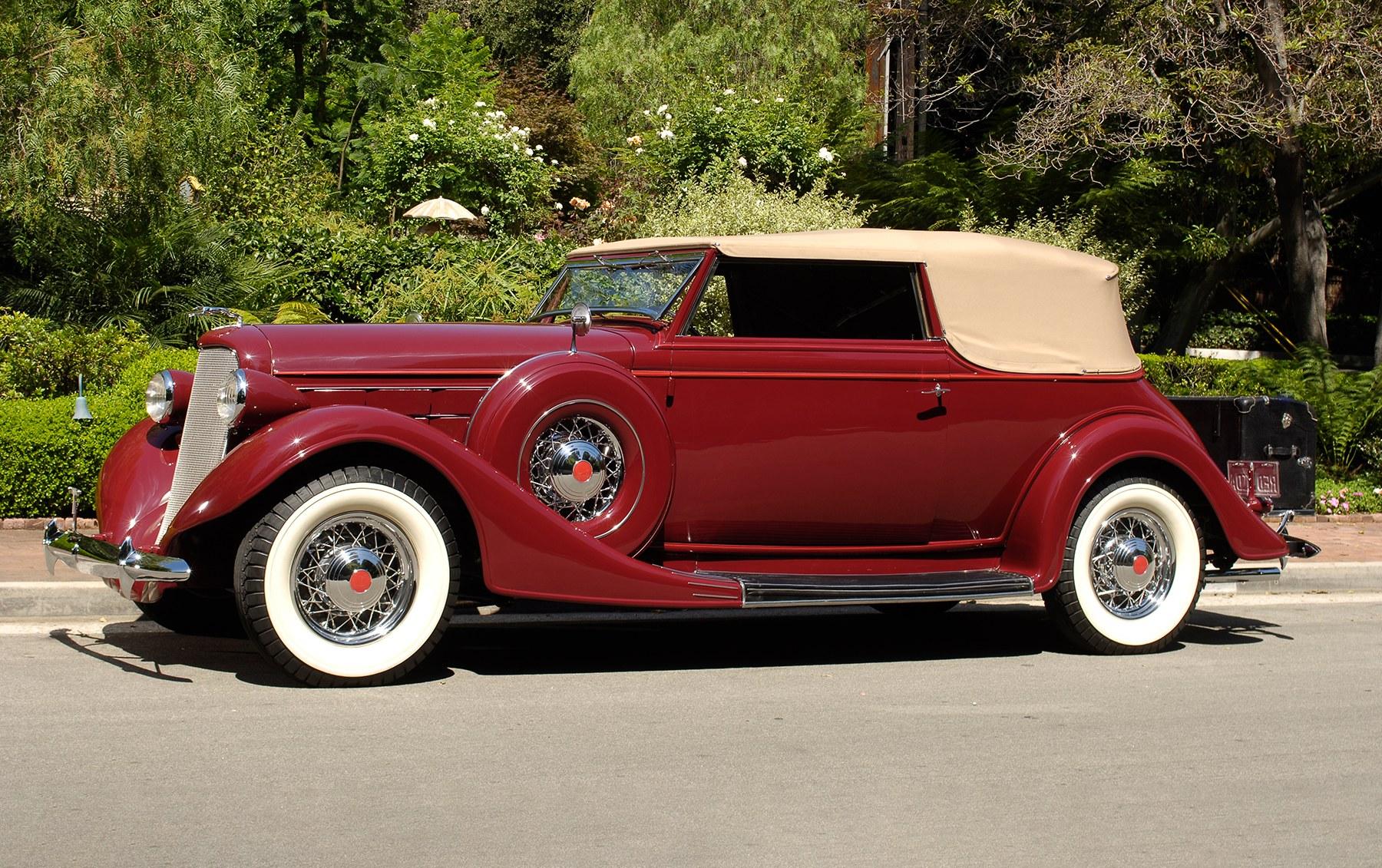1935 Lincoln KA V-12 Convertible Victoria