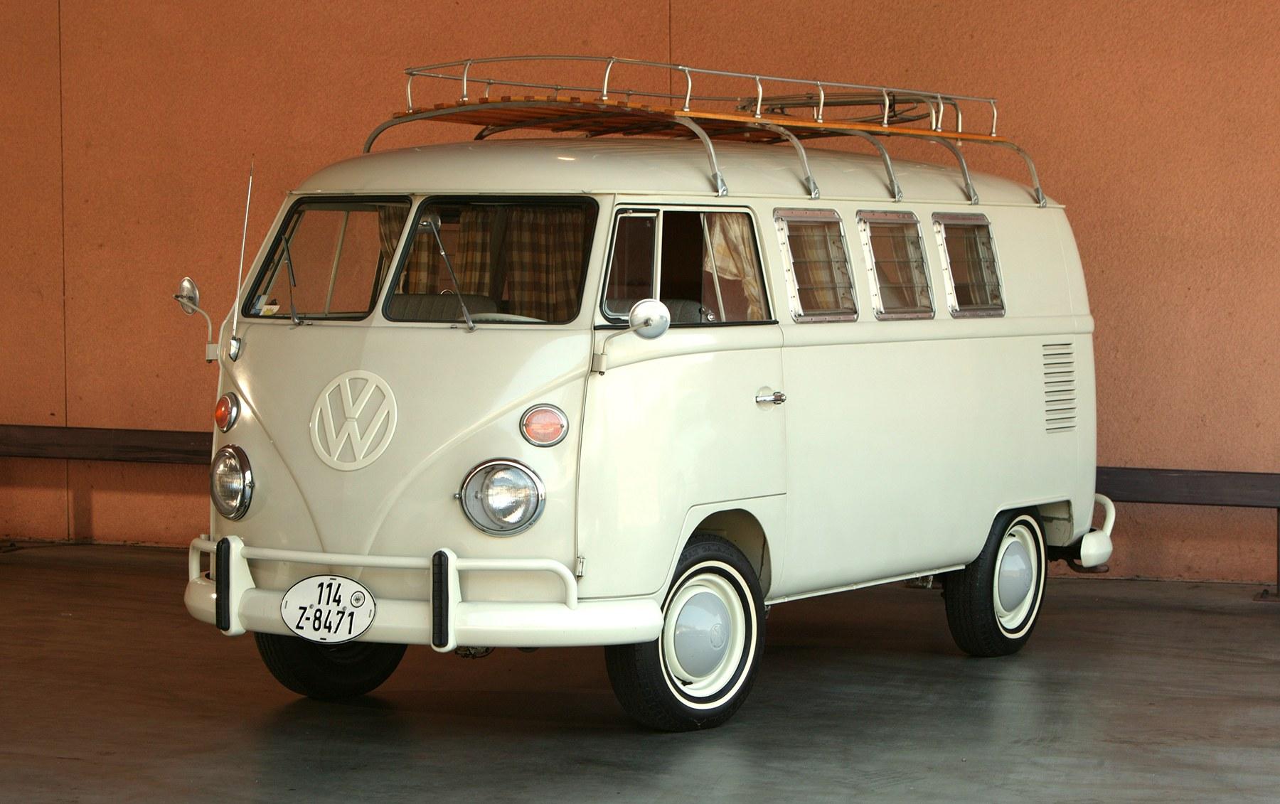 1966 Volkswagen Westfalia Campmobile