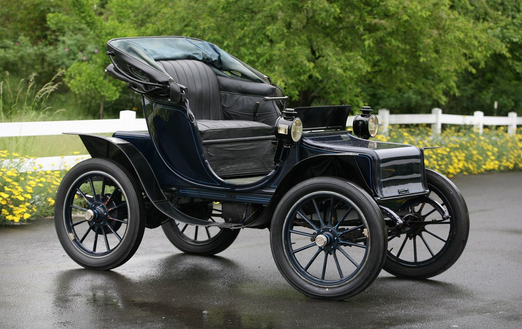 1910 Baker Model V Electric Victoria