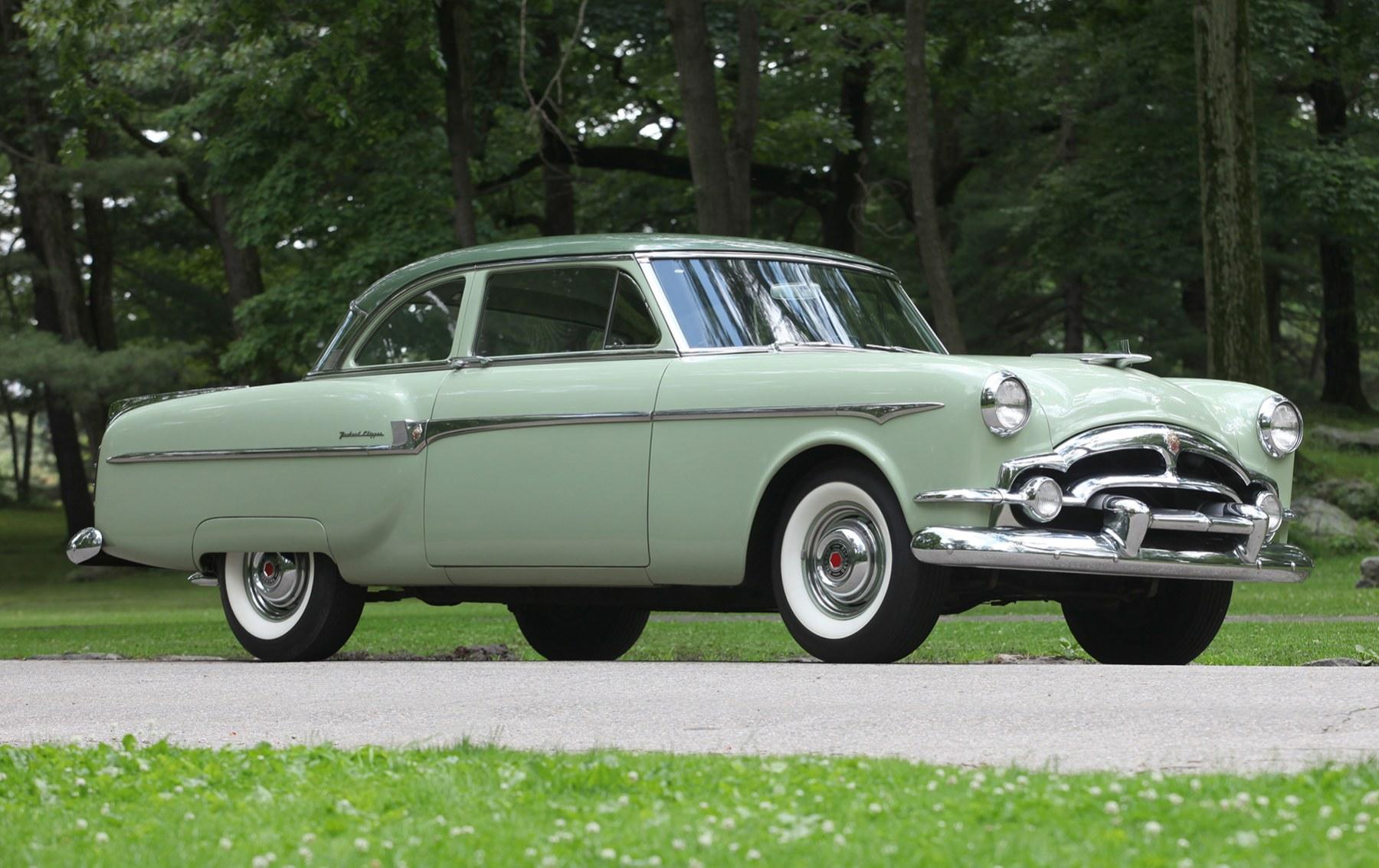 1953 Packard Clipper Deluxe Club Sedan