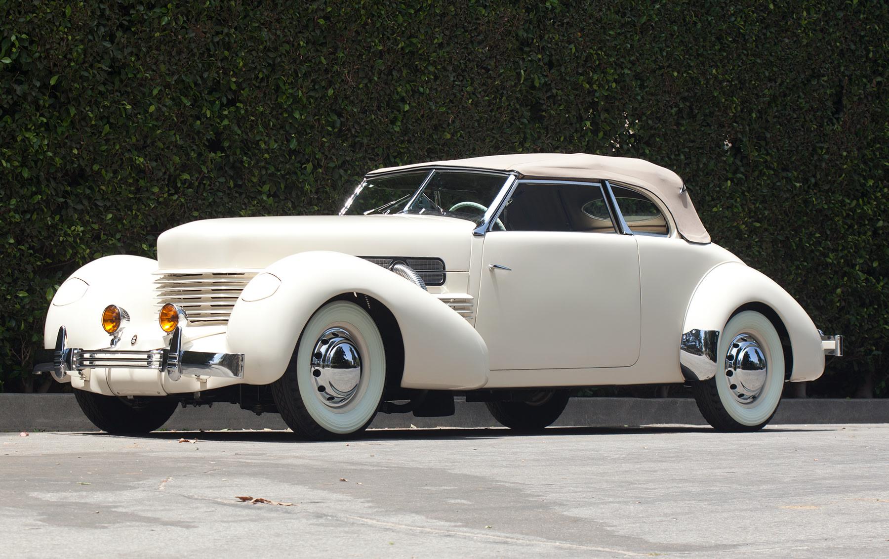 1937 Cord 812 S/C Phaeton (1)