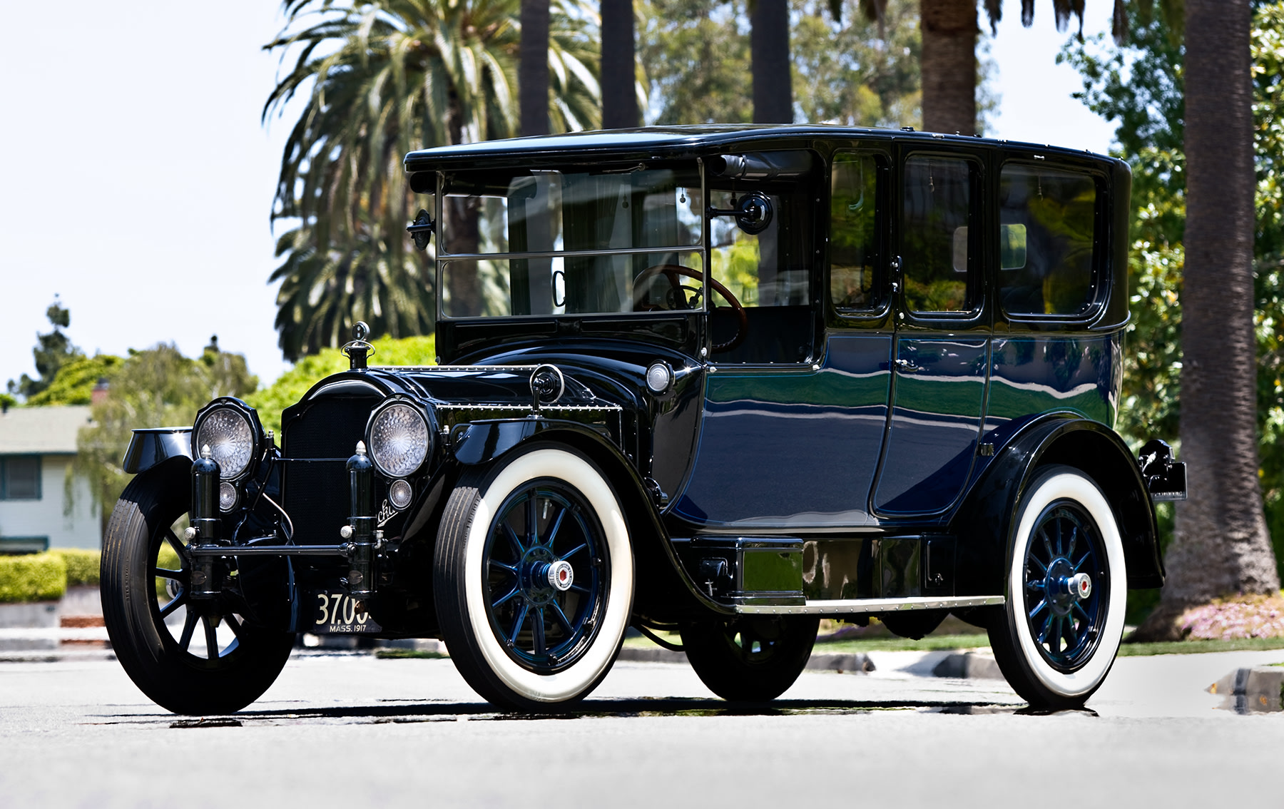 1917 Packard Twin Six 2-35 All-Weather Landaulet