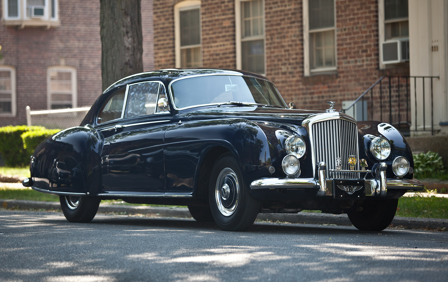 1954 Bentley R-Type Continental Fastback (1)