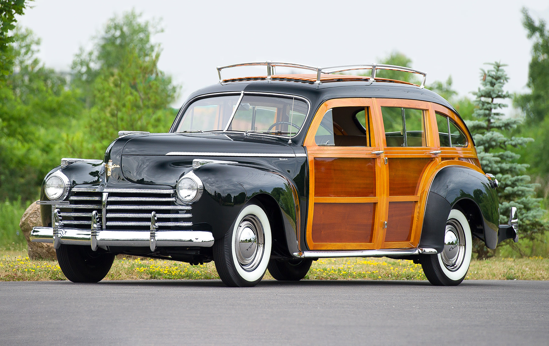 1941 Chrysler Town and Country Barrelback-2